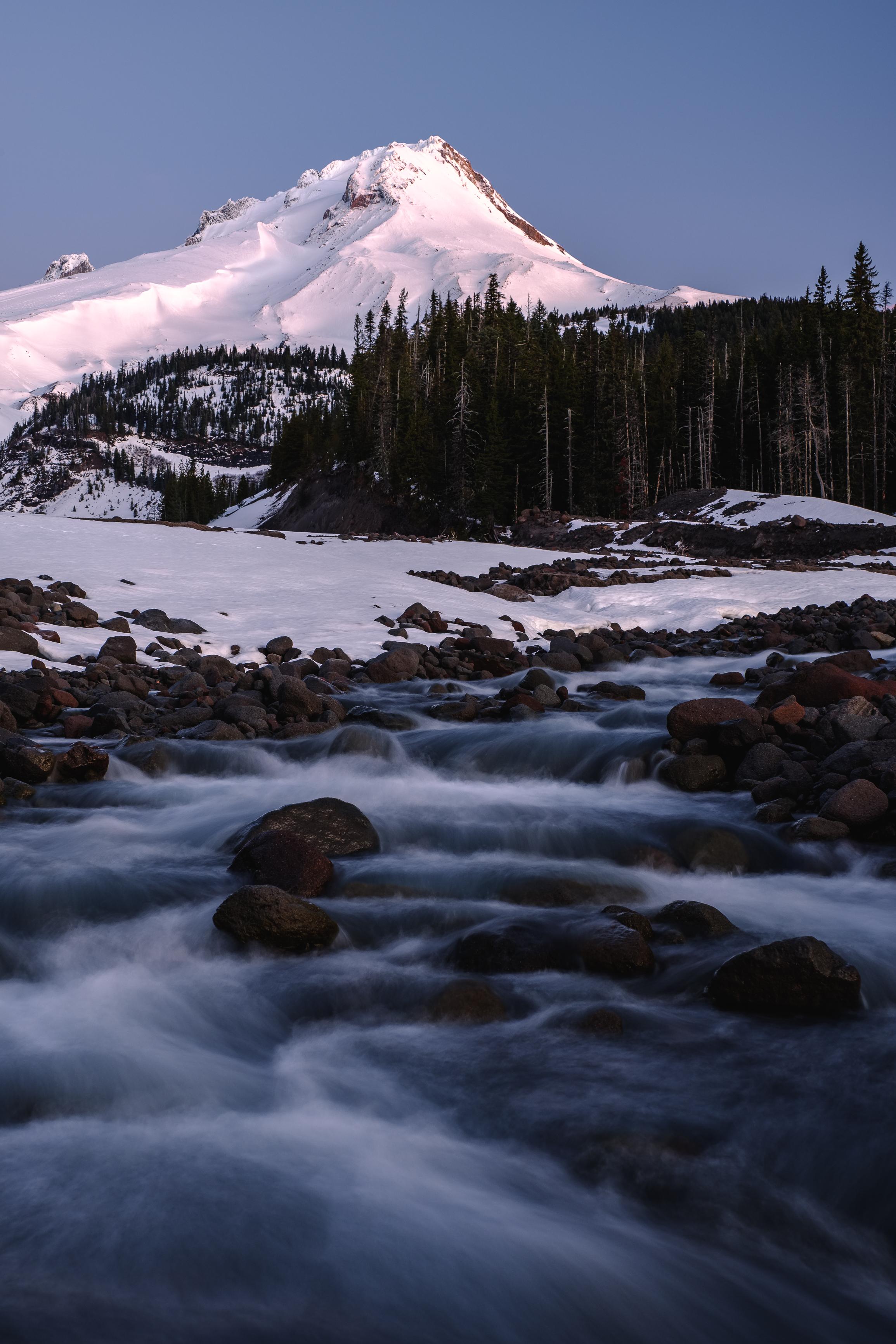 mt hood white river snow winter