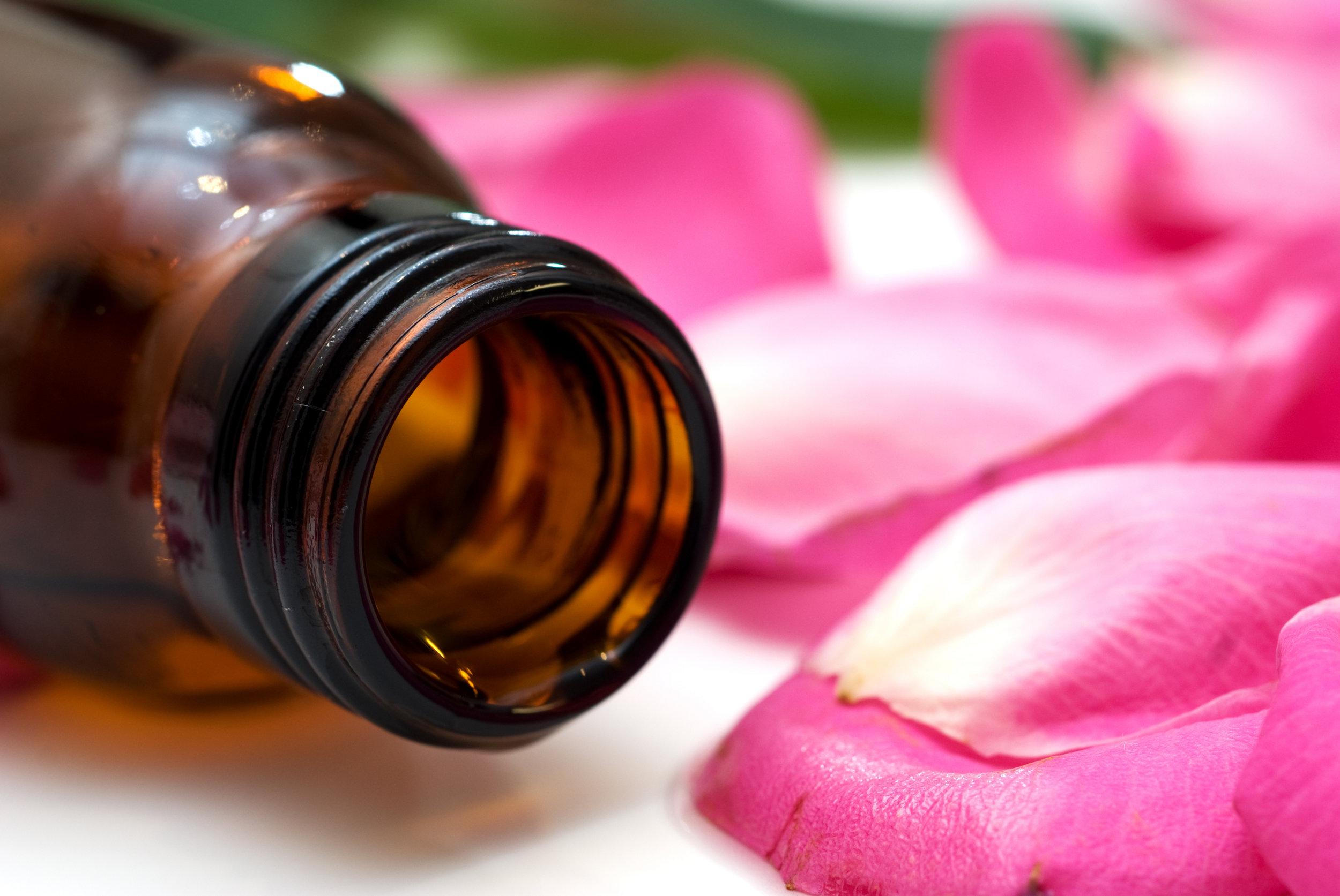 Rose-Oil-5.jpg