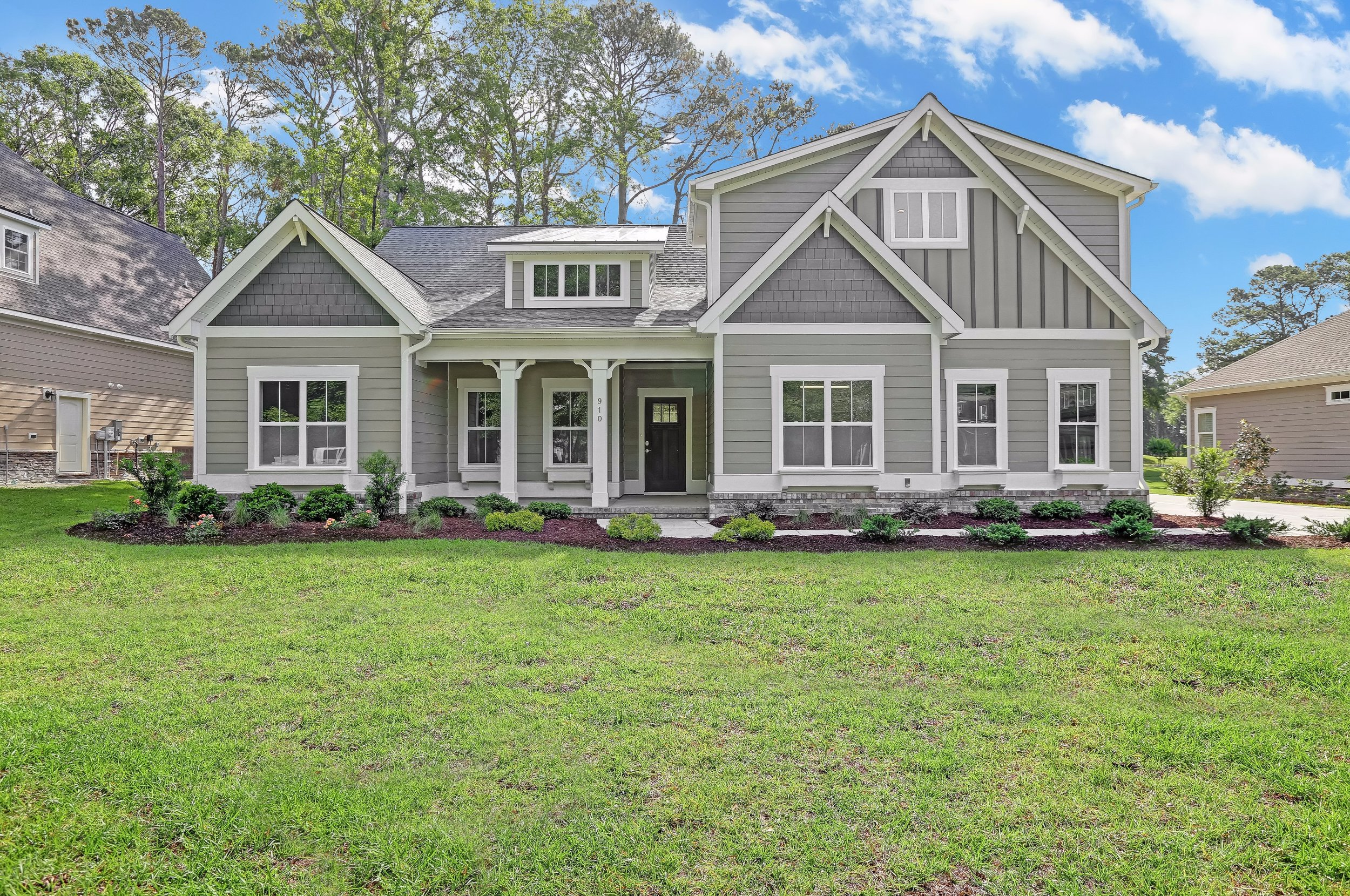 910 Oyster Point Drive-02.jpg