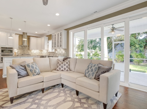 949 Forest Pointe Living Area-06.JPG
