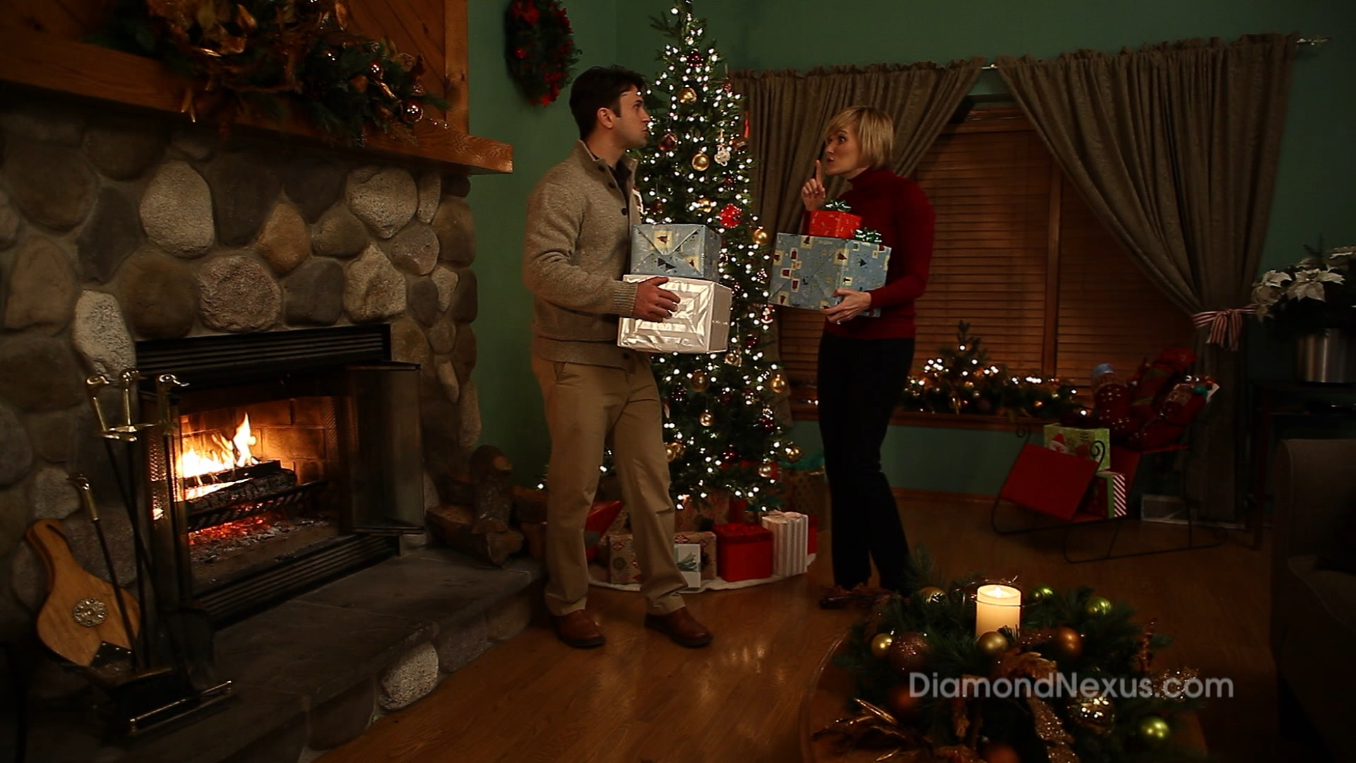 Christmas internet retailer commercial from Bolder