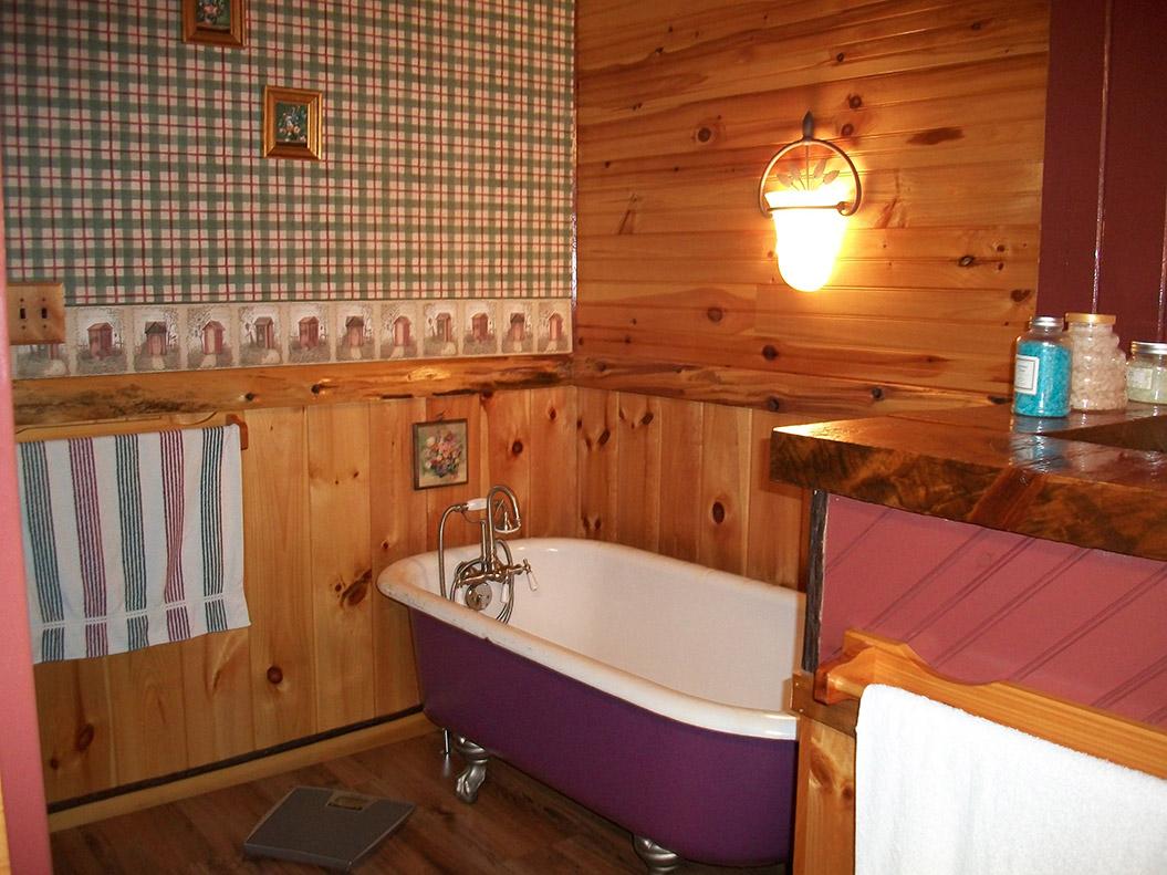 master_bedroom_017-0323.jpg