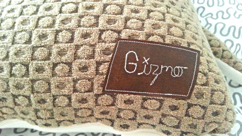 Gizmo cat pillow - velvet moustache - montreal - etsy montreal - custom pillow - my girl montreal