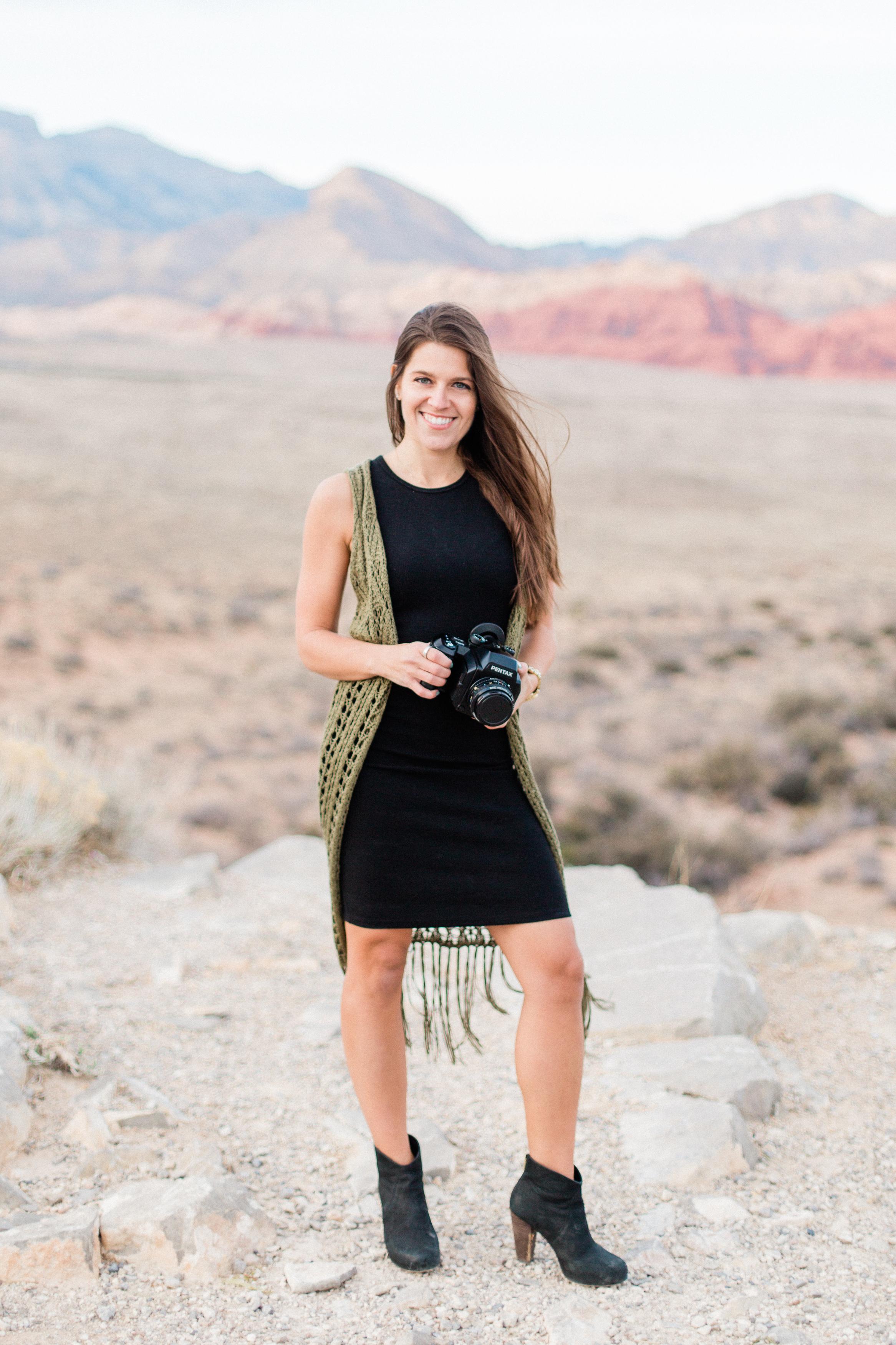 2018 - Britt Headshots - Nicole-23.jpg
