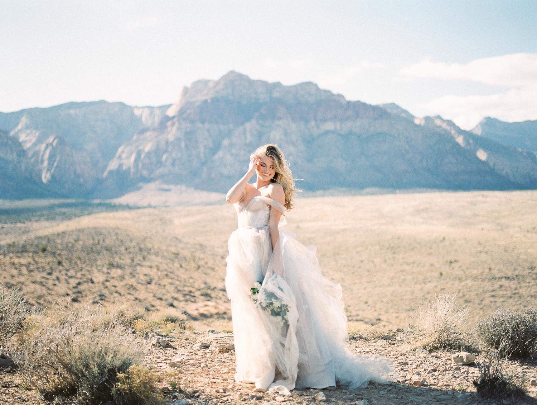 Brittany Bekas - Las Vegas Chicago Wedding Photographer-10.jpg