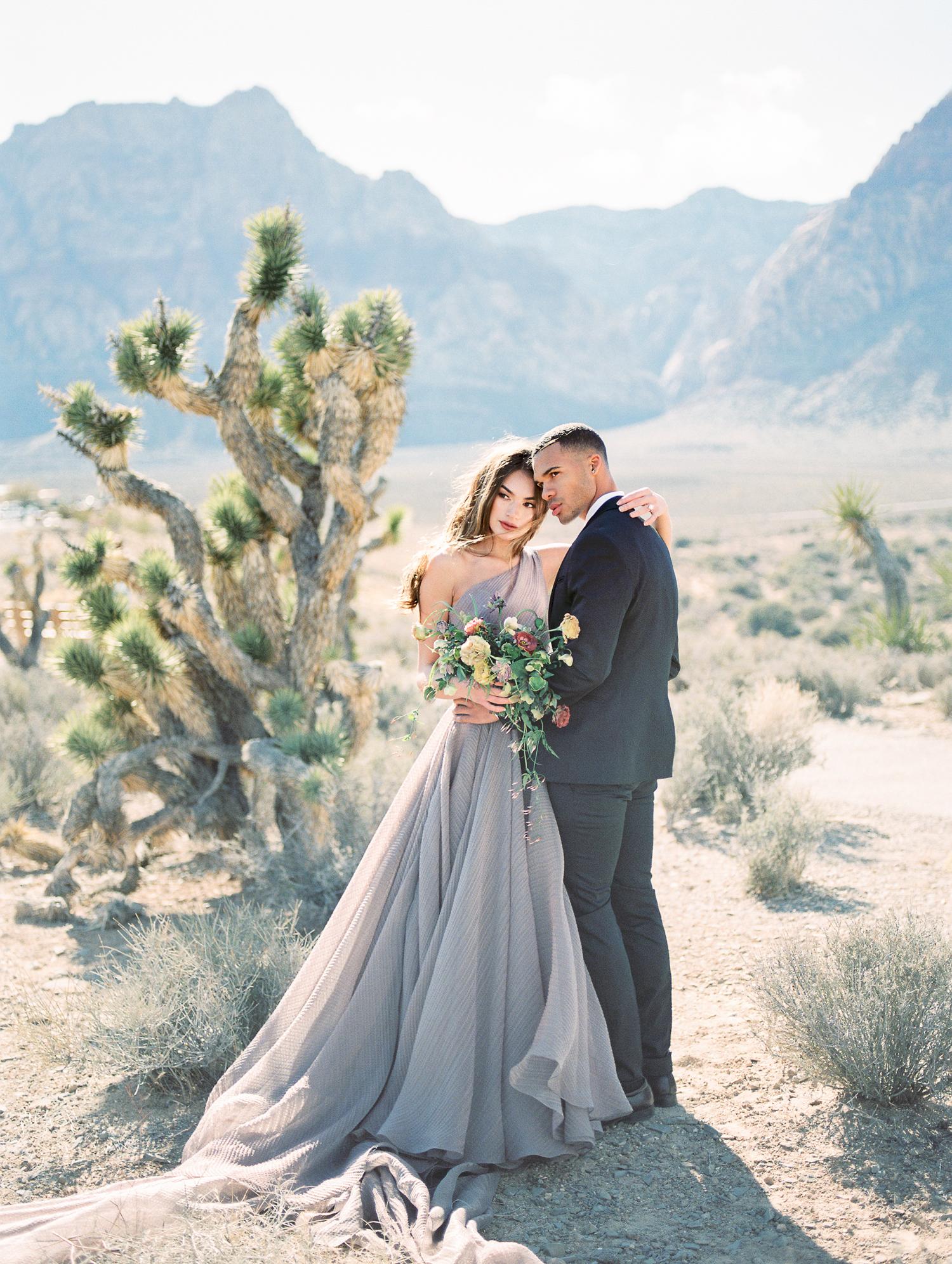 Brittany Bekas - Las Vegas Chicago Engagement Photographer-4.jpg
