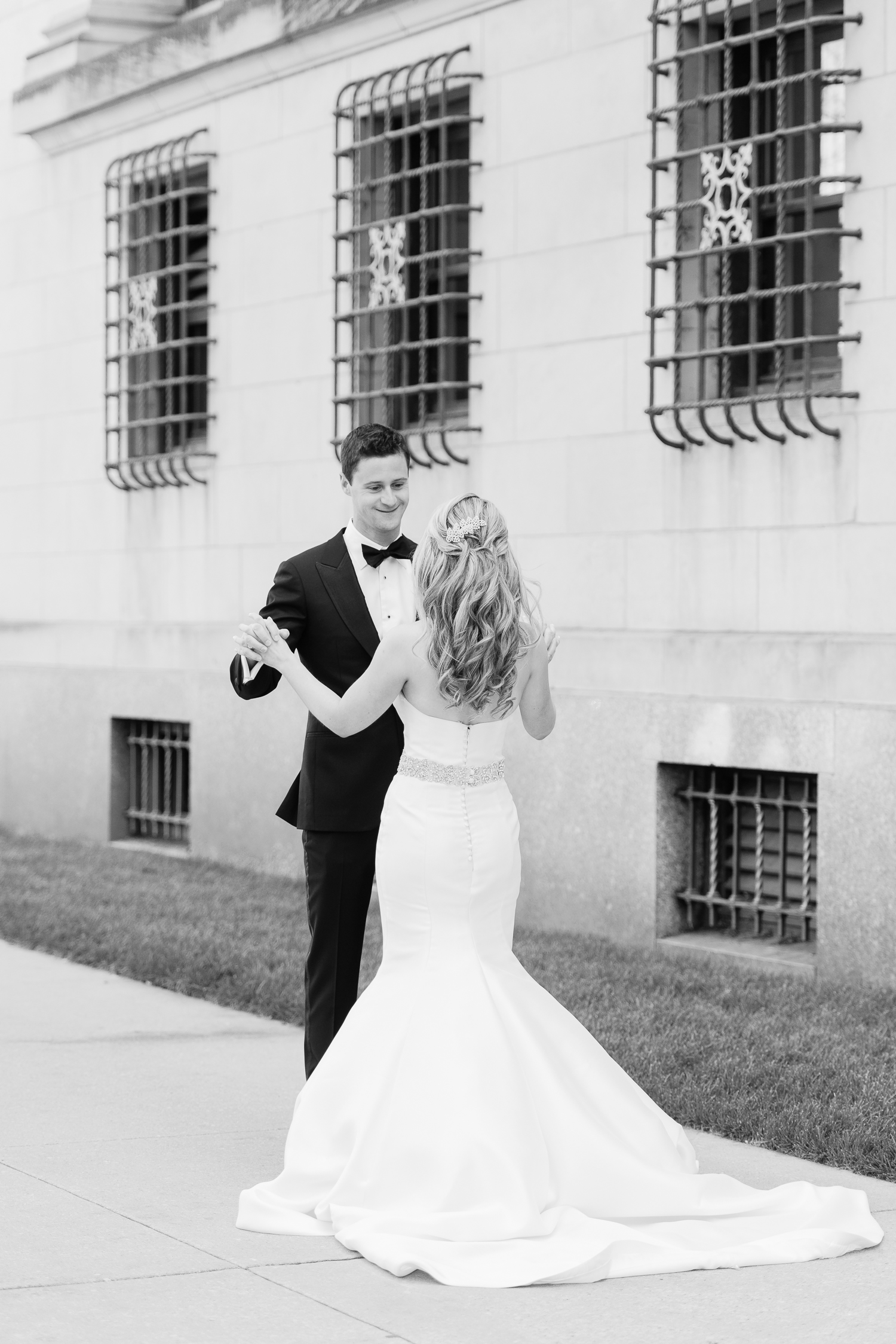 Brittany Bekas - Gallery 1028 Chicago Wedding Photos-12.jpg