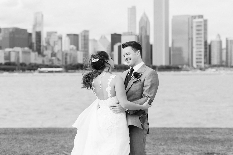 Brittany Bekas - Garfield Park Conservatory Chicago Wedding Photos-7.jpg
