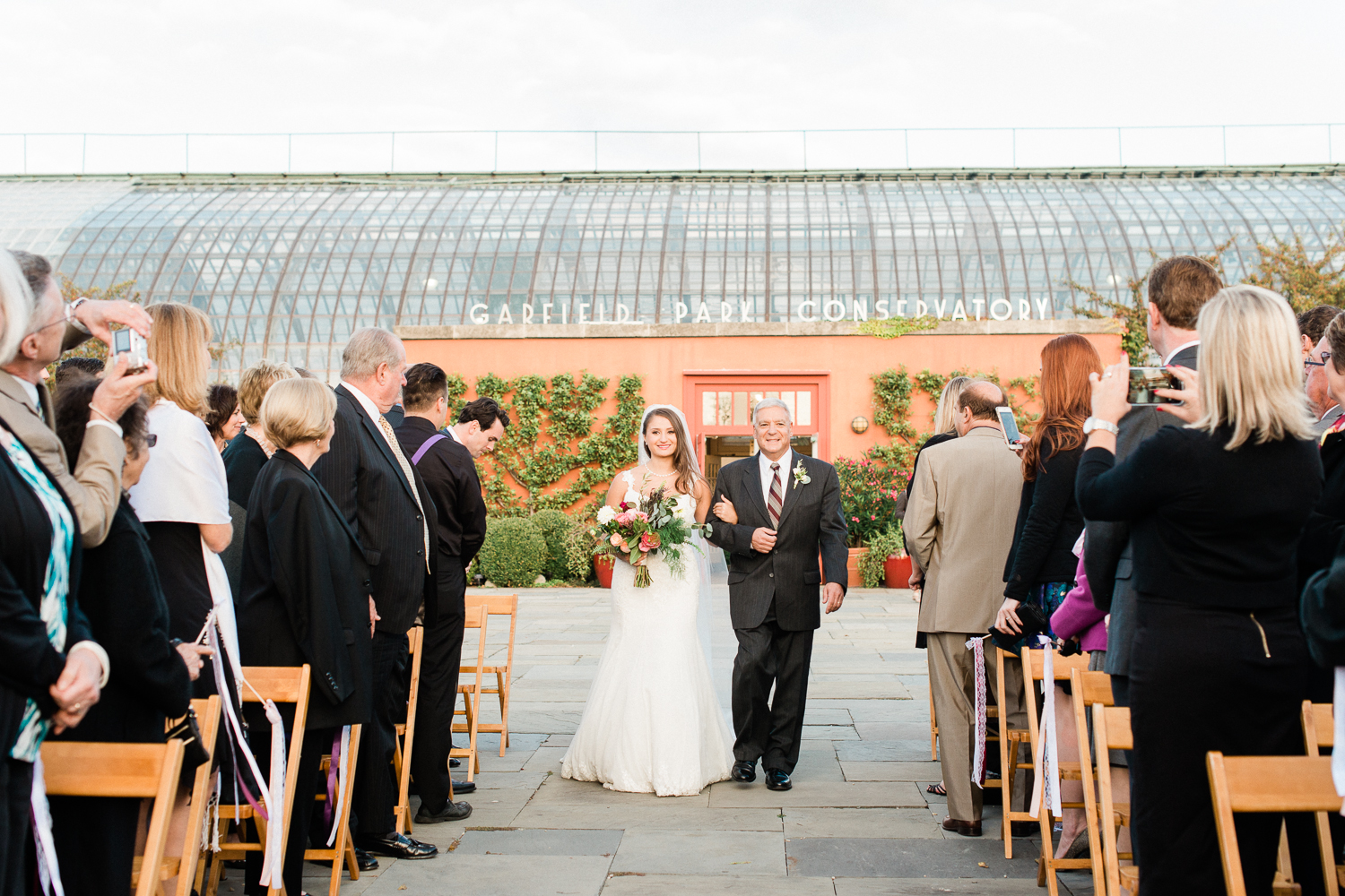 Brittany Bekas - Garfield Park Conservatory Chicago Wedding Photos-23.jpg