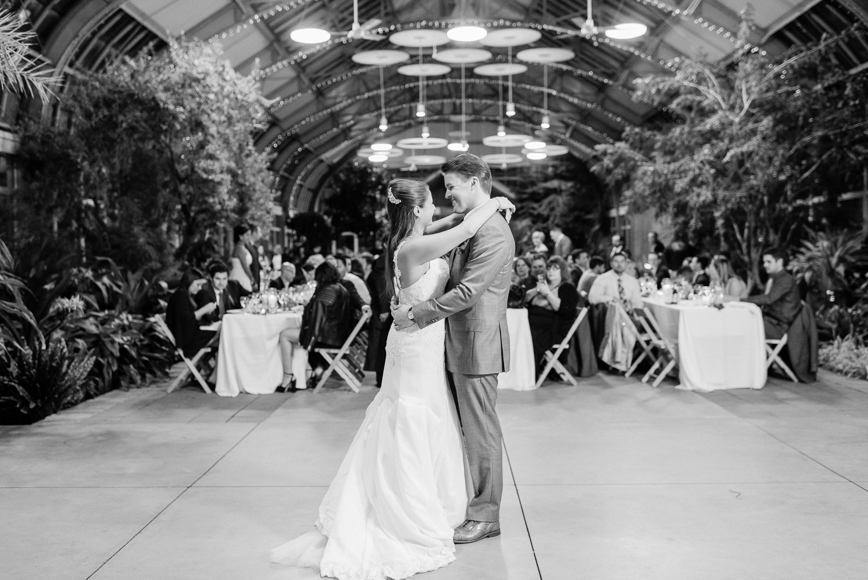 Brittany Bekas - Garfield Park Conservatory Chicago Wedding Photos-34.jpg