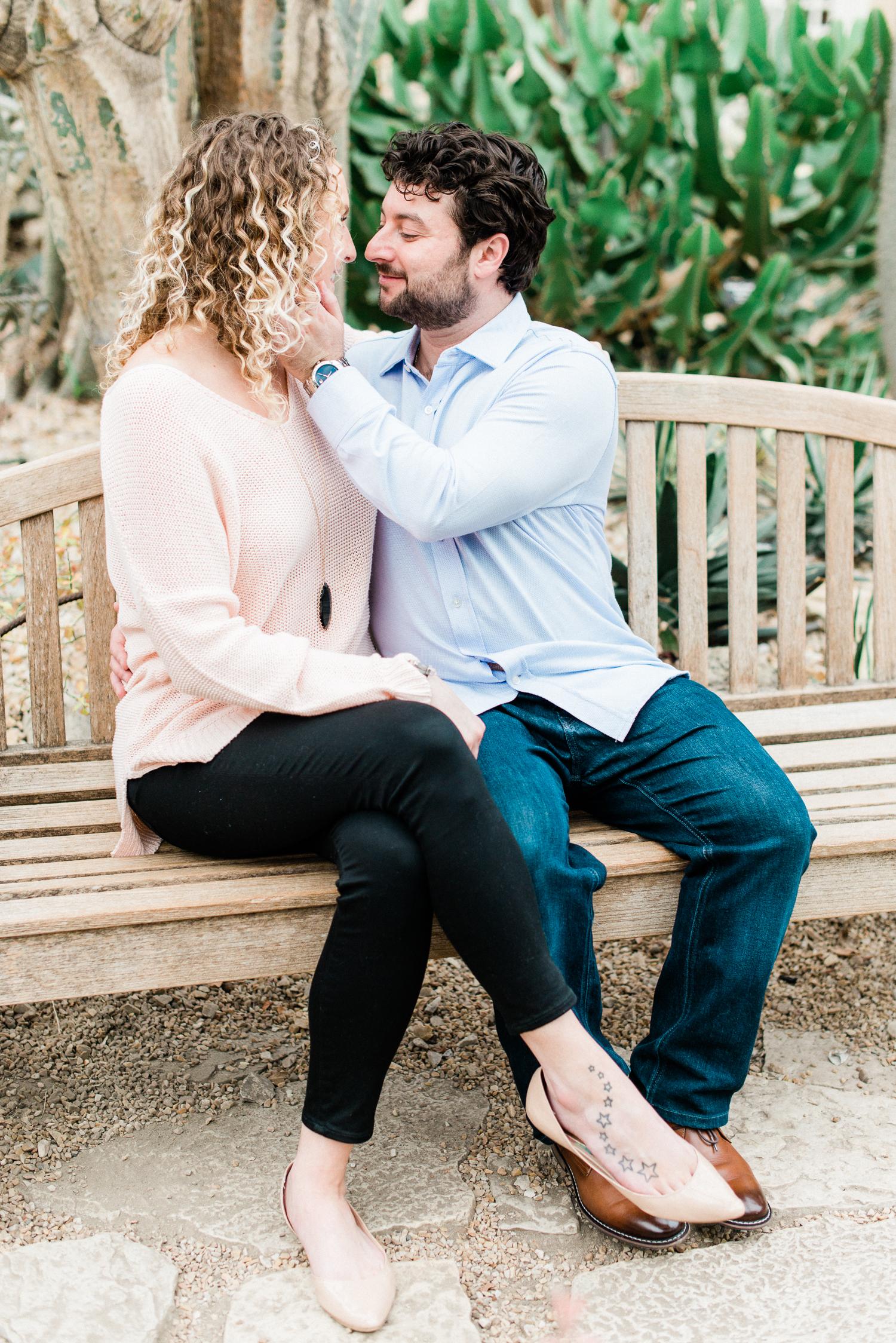 Brittany Bekas - Garfield Park Conservatory Chicago Engagement Photos-9.jpg