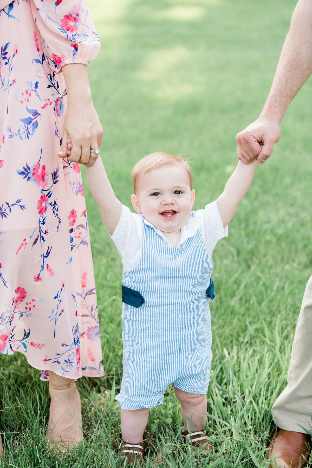Light and Airy Chicago Family Wedding Photographer_0010.jpg