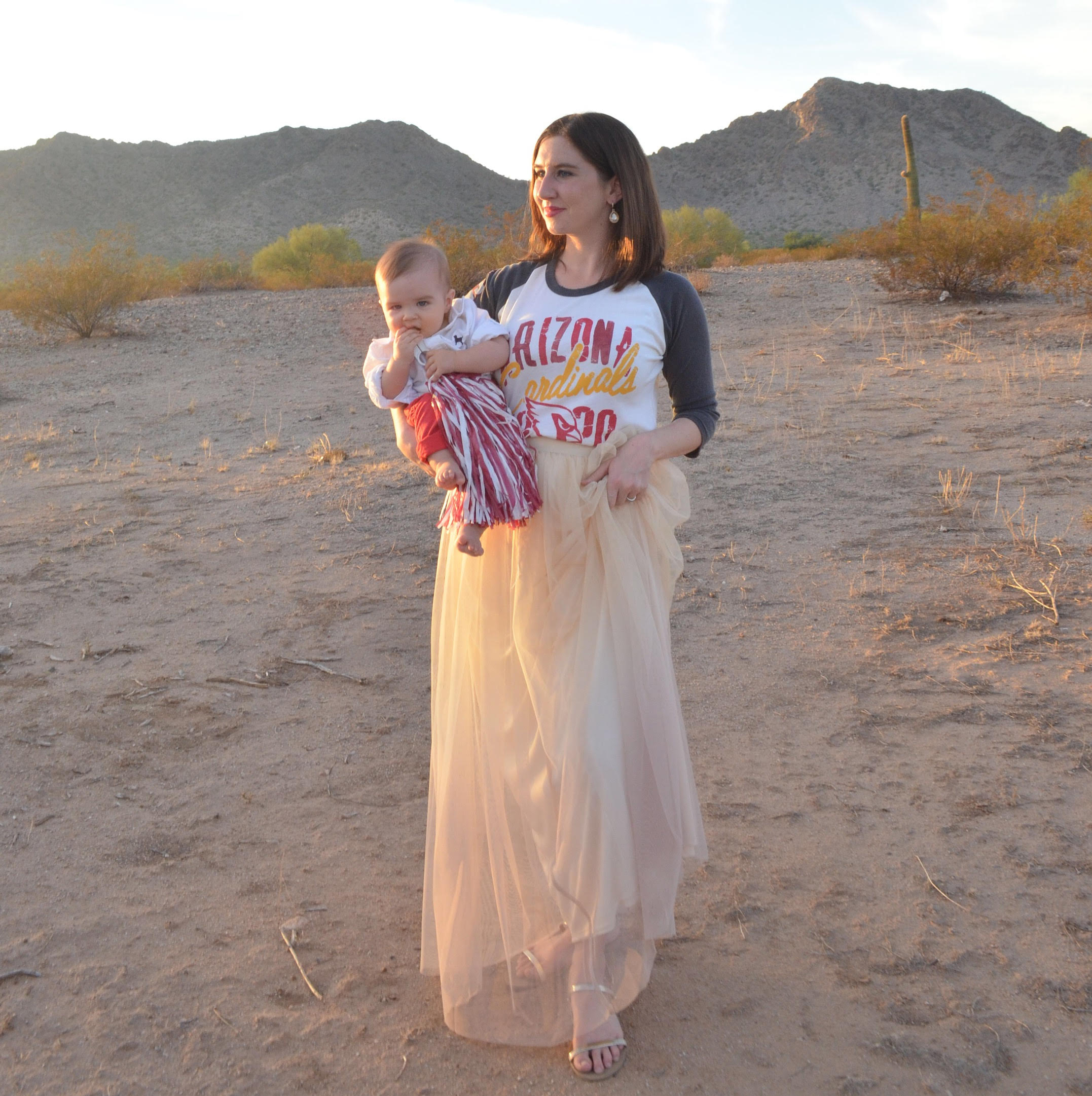 7 Tips for Tailgating with A Baby | Momma Society-The Community of Modern Moms | www.MommaSociety.com | #MyNFLStyle
