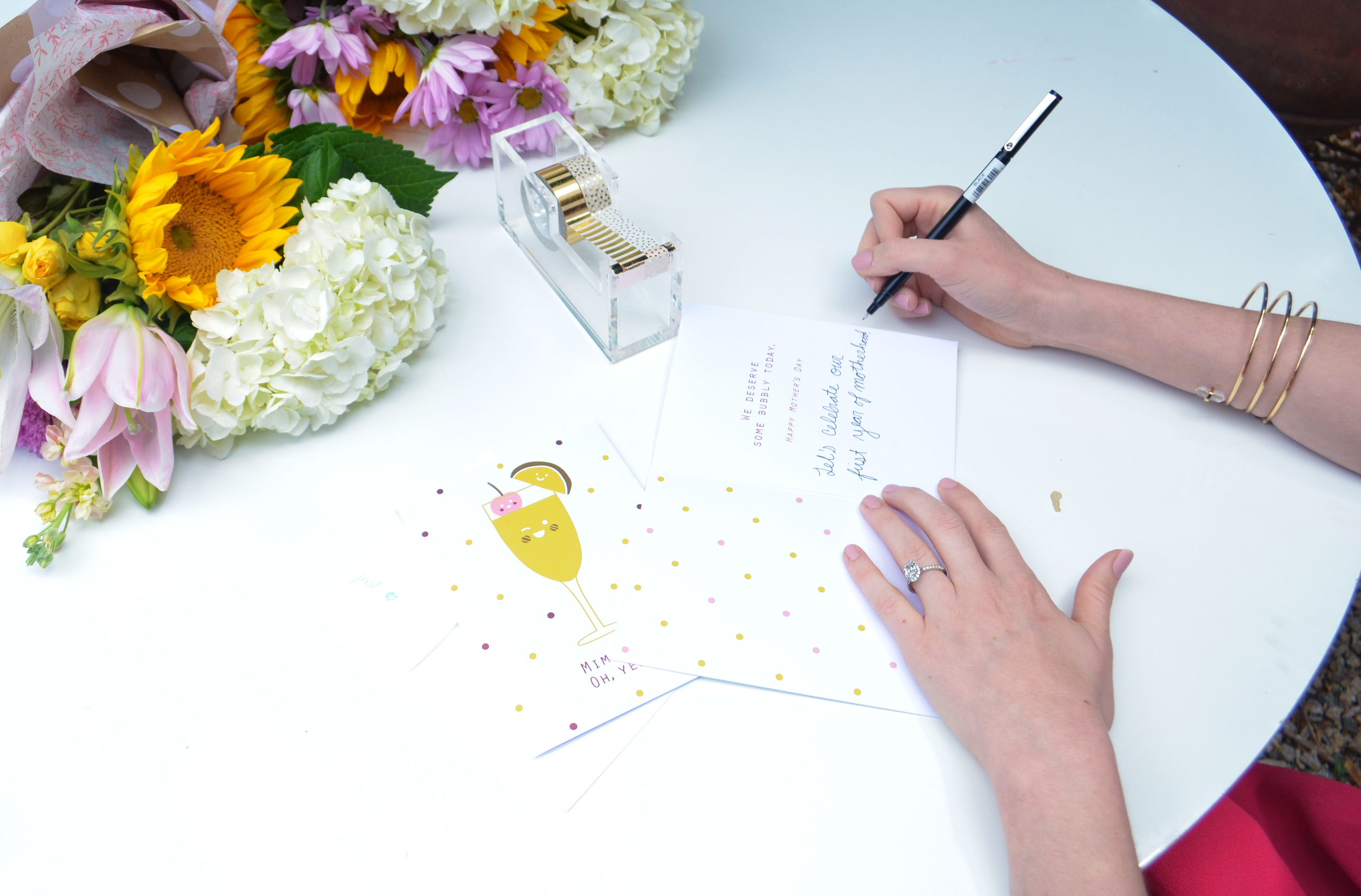 How to Throw a Mother's Day Brunch with Donuts and a DIY Bouquet Bar | Momma Society-The Community of Modern Moms | www.MommaSociety.com