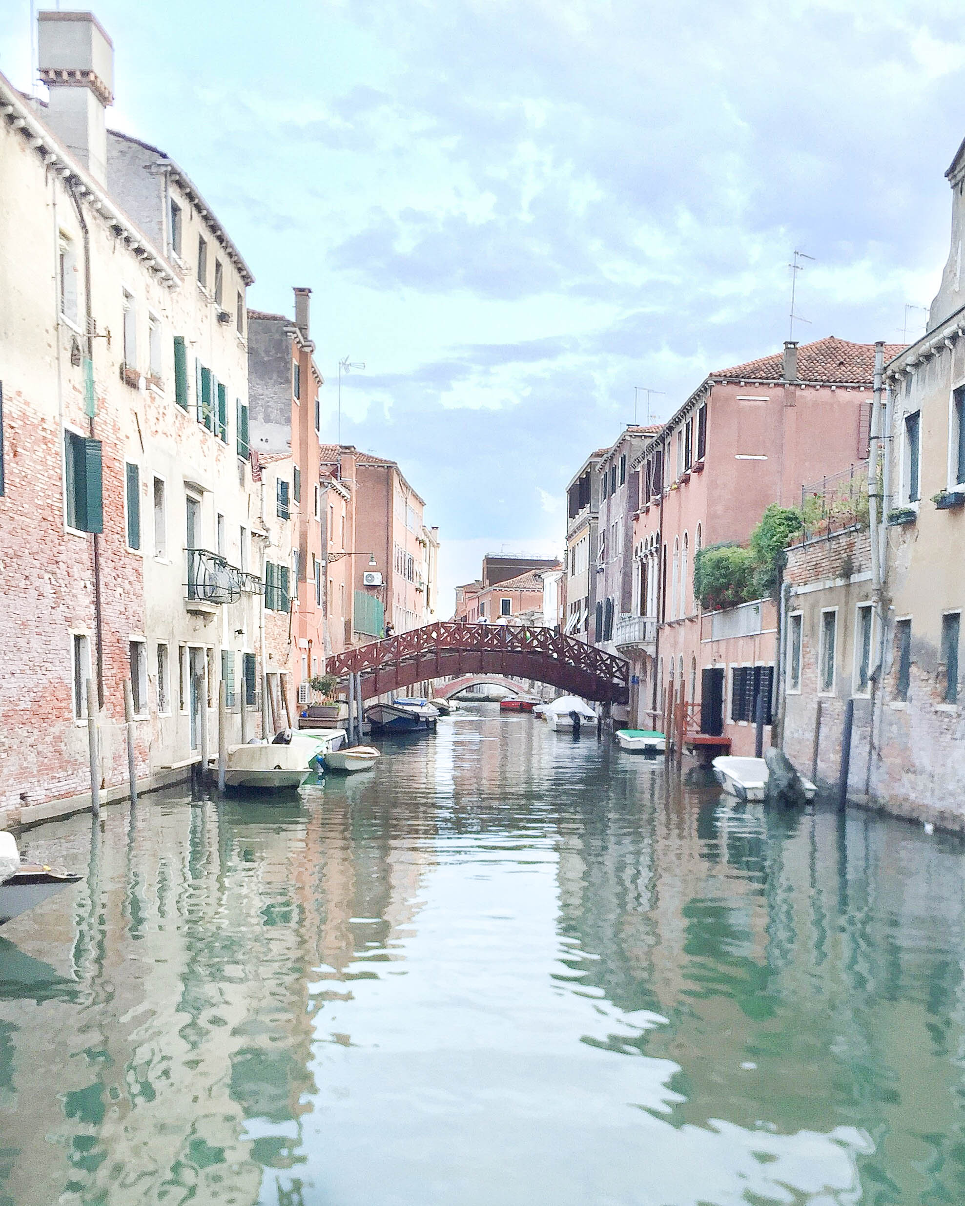 Tips for Traveling with A Toddler | Momma Society in Italy