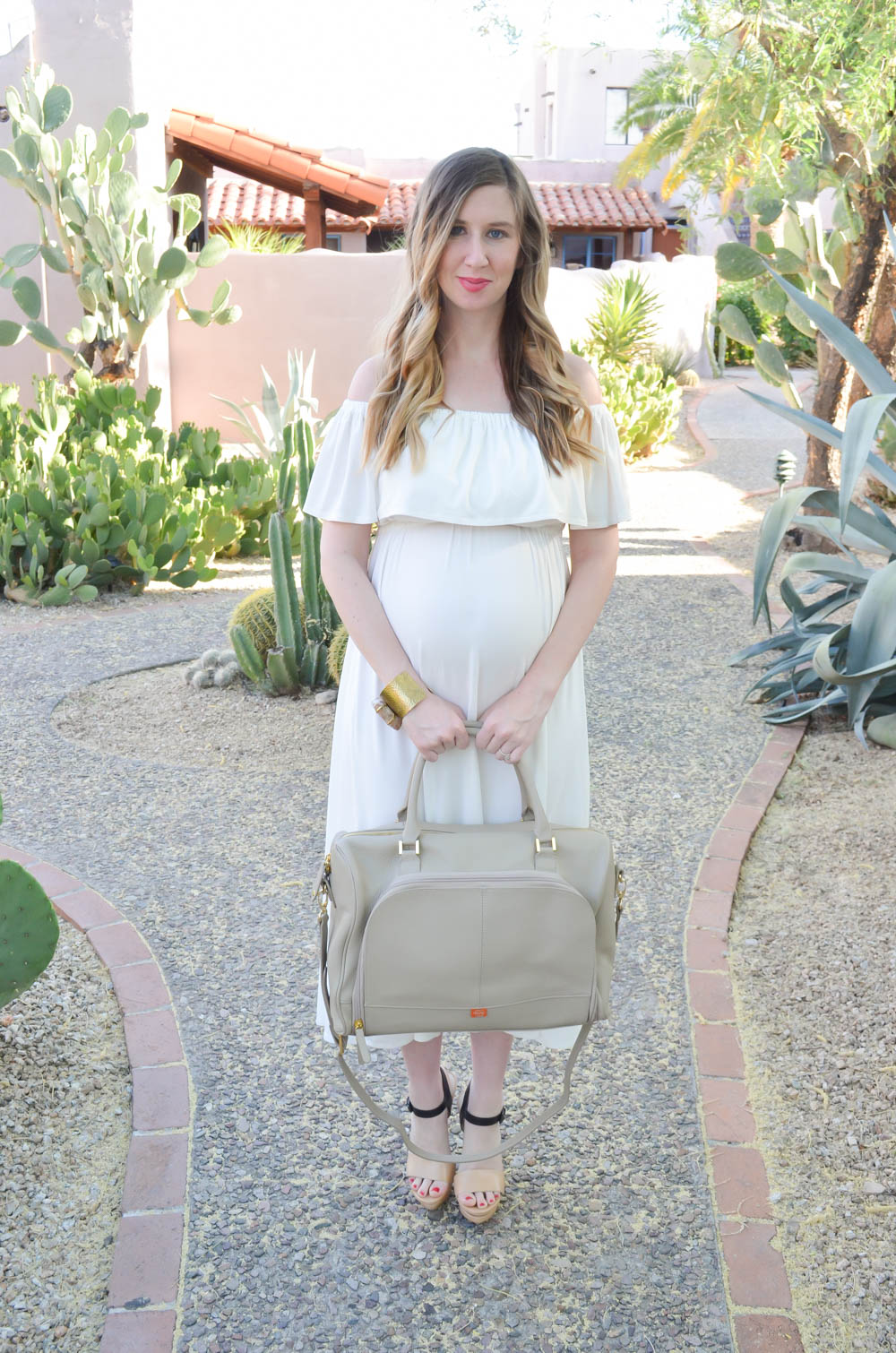 Maternity Dress | Nursing Dress | PacaPod diaper Bag | Maternity Fashion | Maternity Clothes