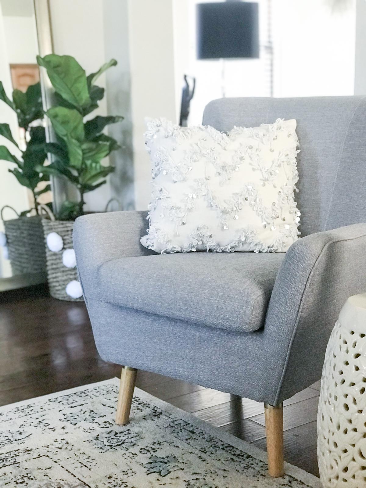Family Friendly Living Room Decor Ideas Chair