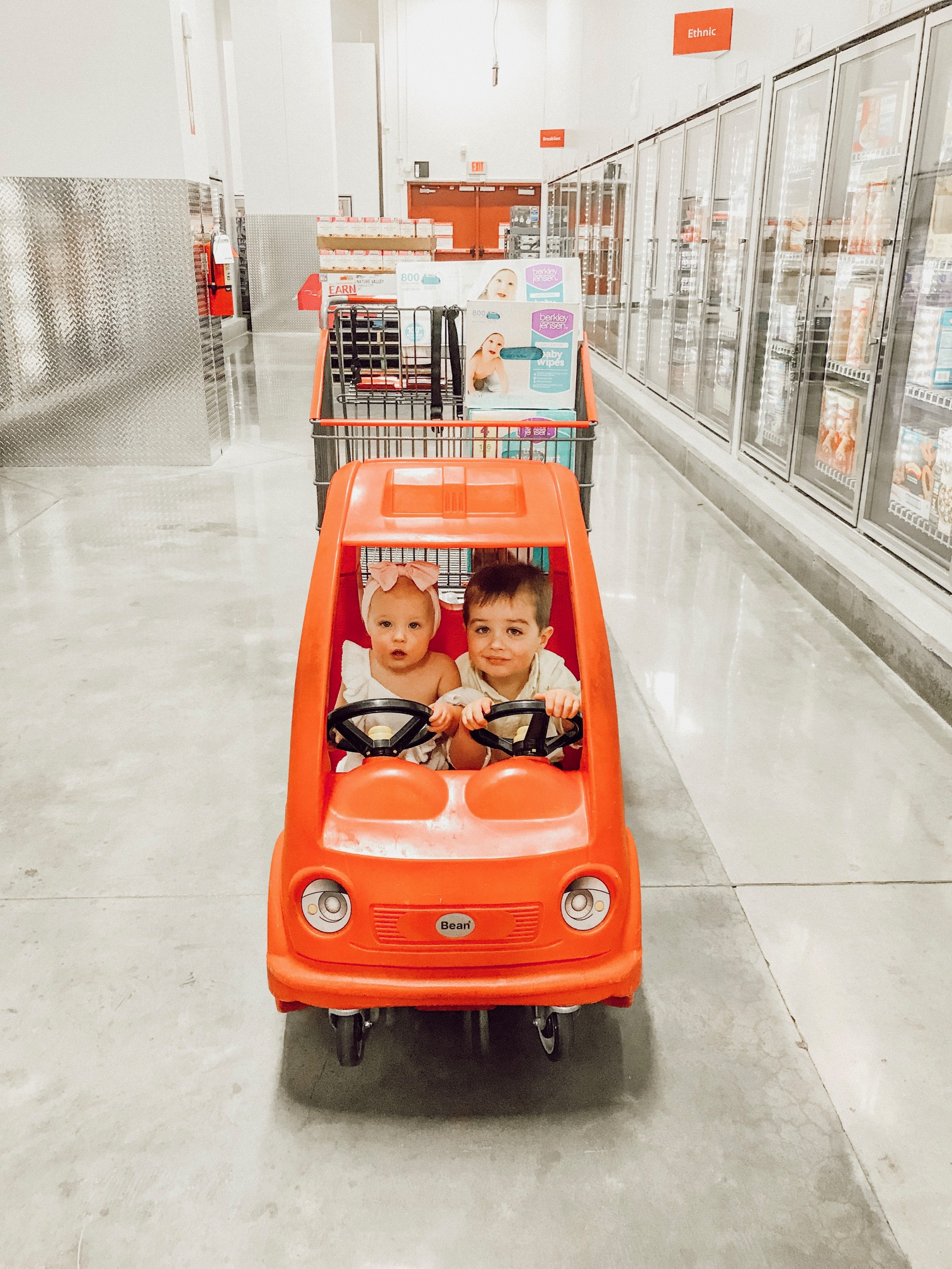 Grocery Shopping with Kids Hacks   Momma Society