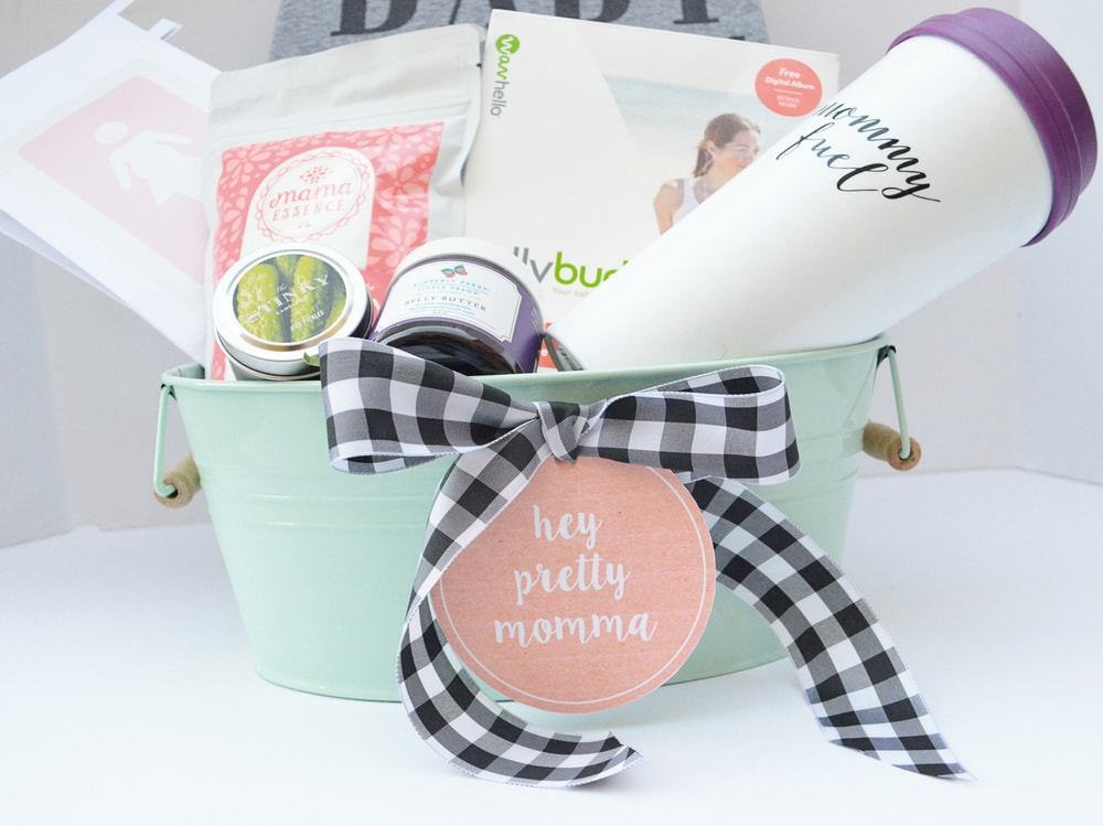 8+Gift+Ideas+for+Pregnant+Mommas+_+Momma+Society-The+Community+of+Modern+Moms+_+www.MommaSociety (3)-min.jpg