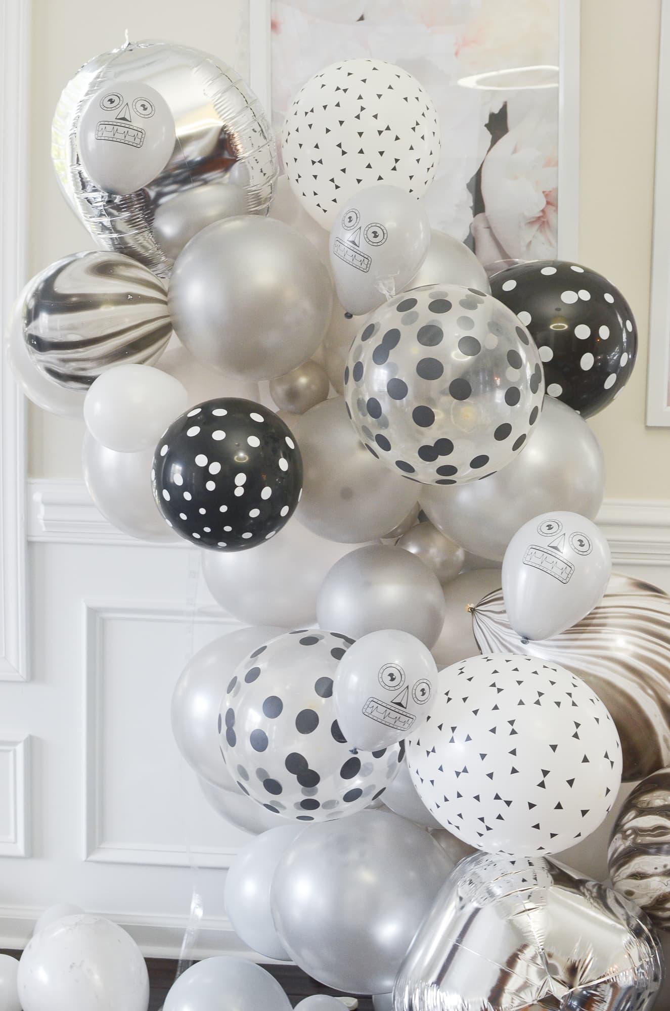 Birthday Balloon Garland | Momma Society