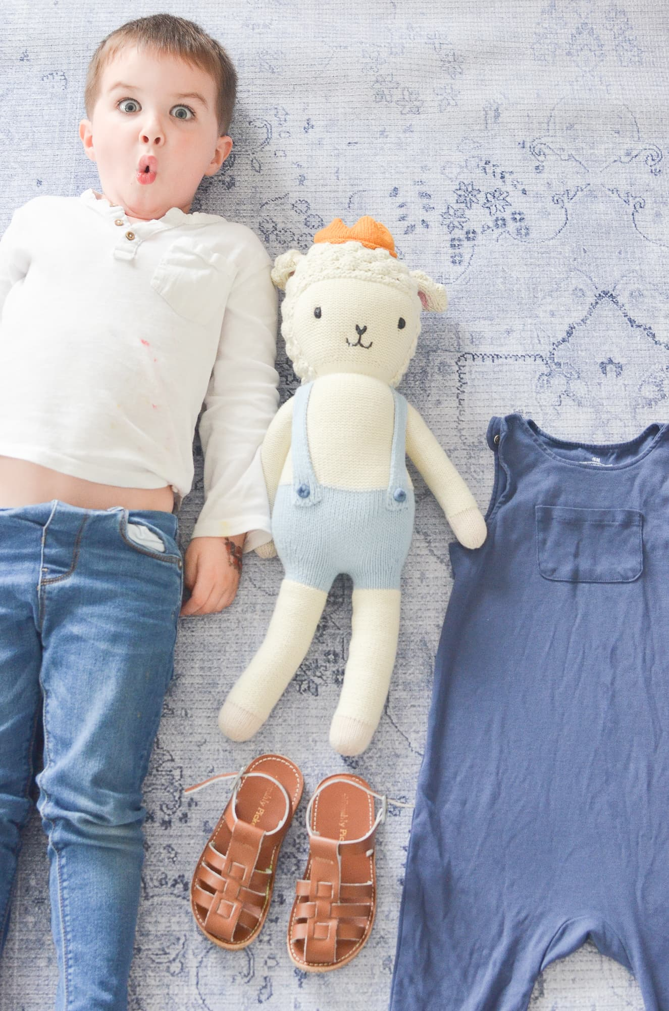 How to Create a Capsule Wardrobe for Your Toddler | Momma Society