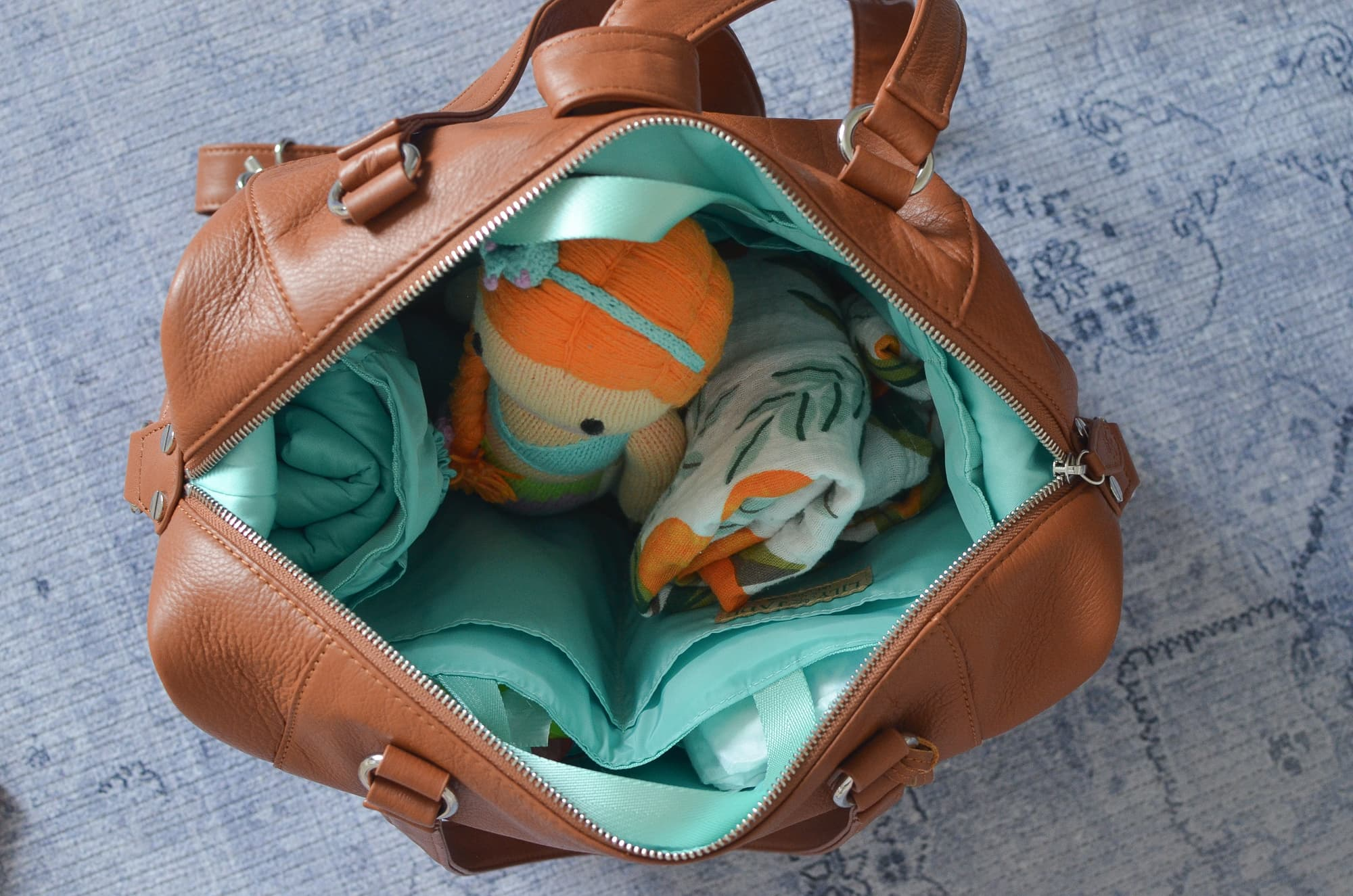 How I pick a diaper bag | Momma Society