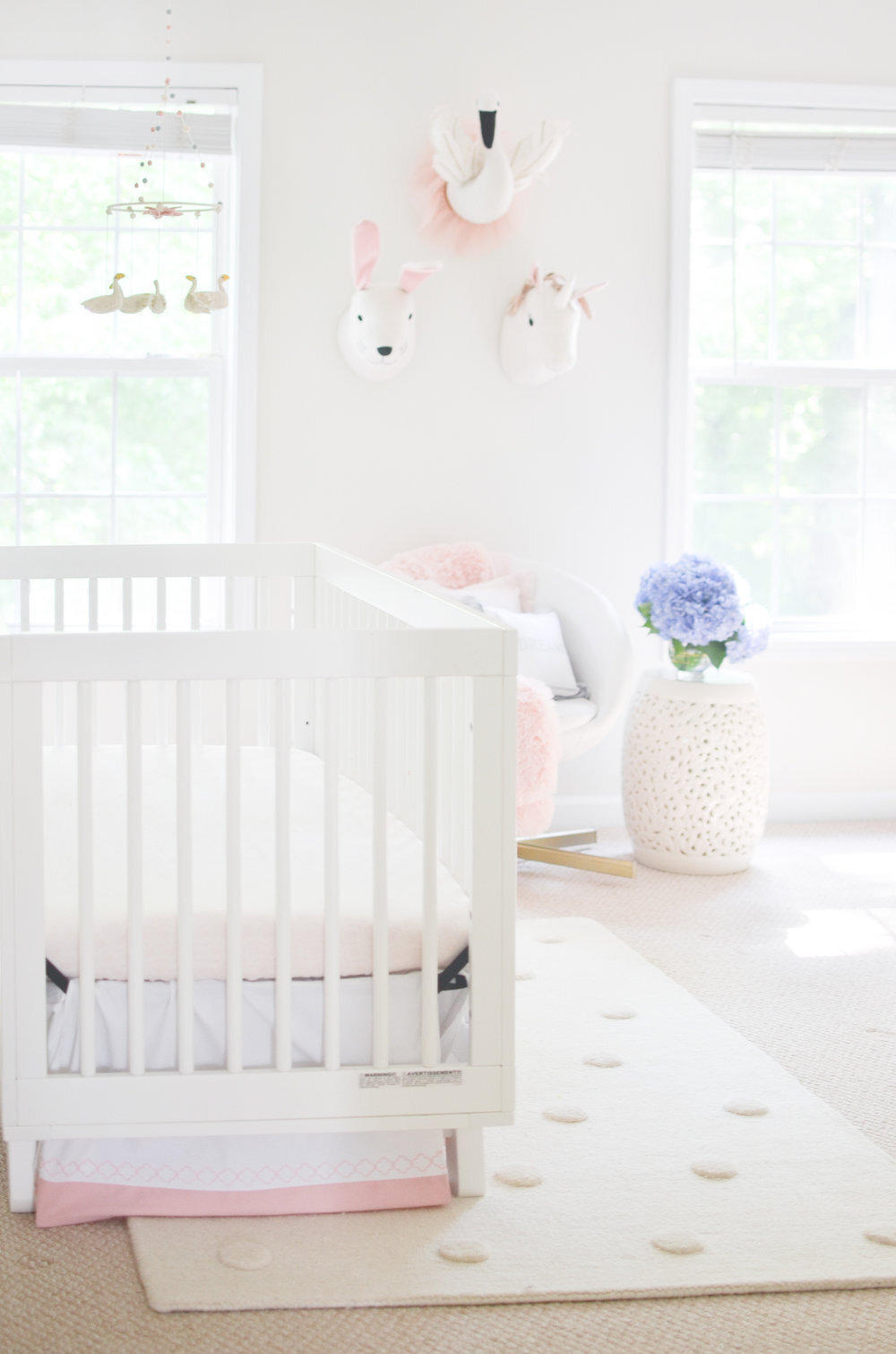 Pink+and+White+Dream+Girly+Nursery+Ideas+Decorations+Inspiration.jpg