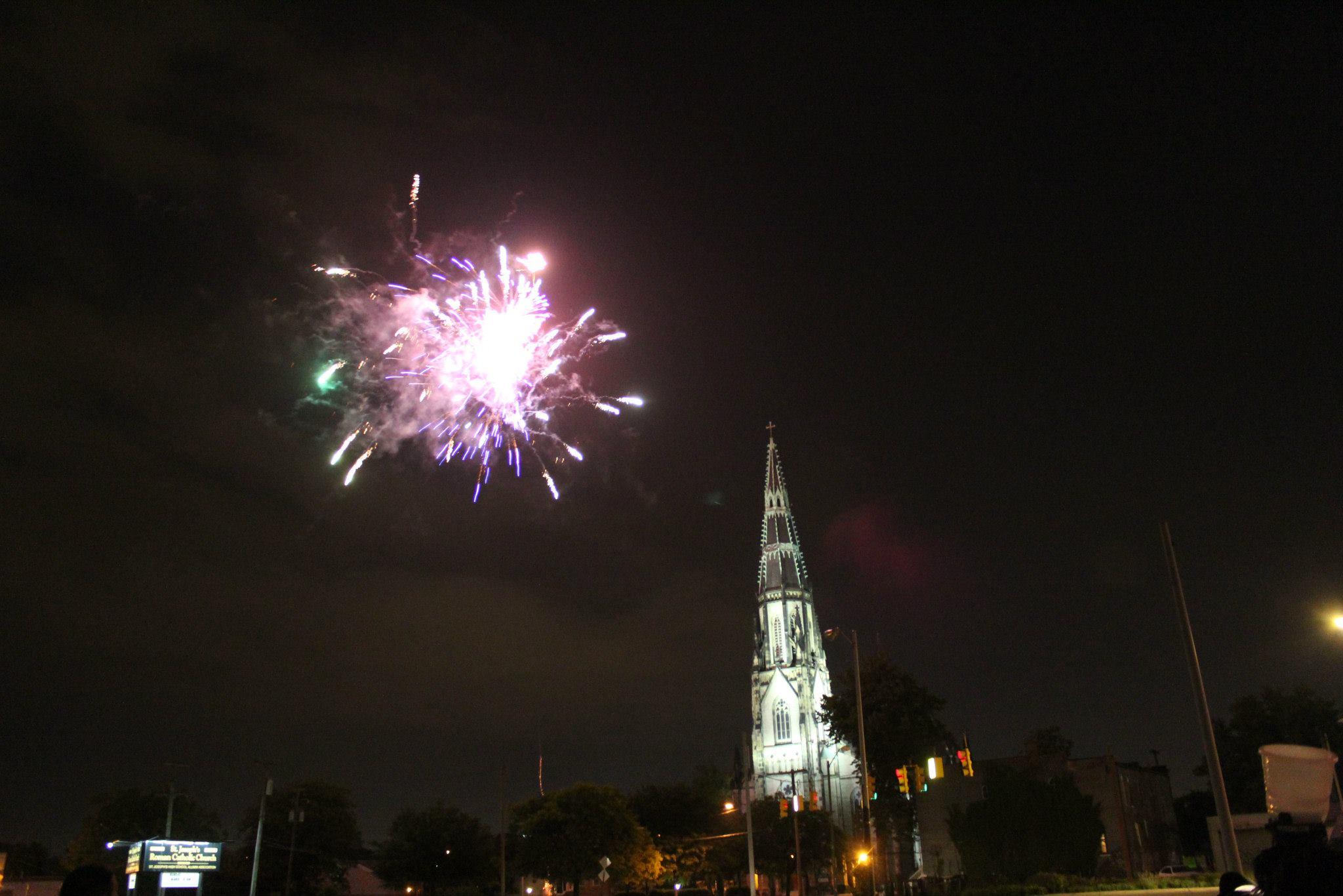 SURVIVE_ Detroit_ Fireworks .jpg