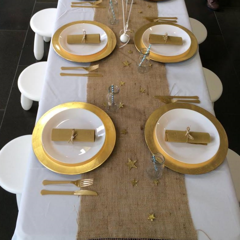 Table Runners & Table Cloths