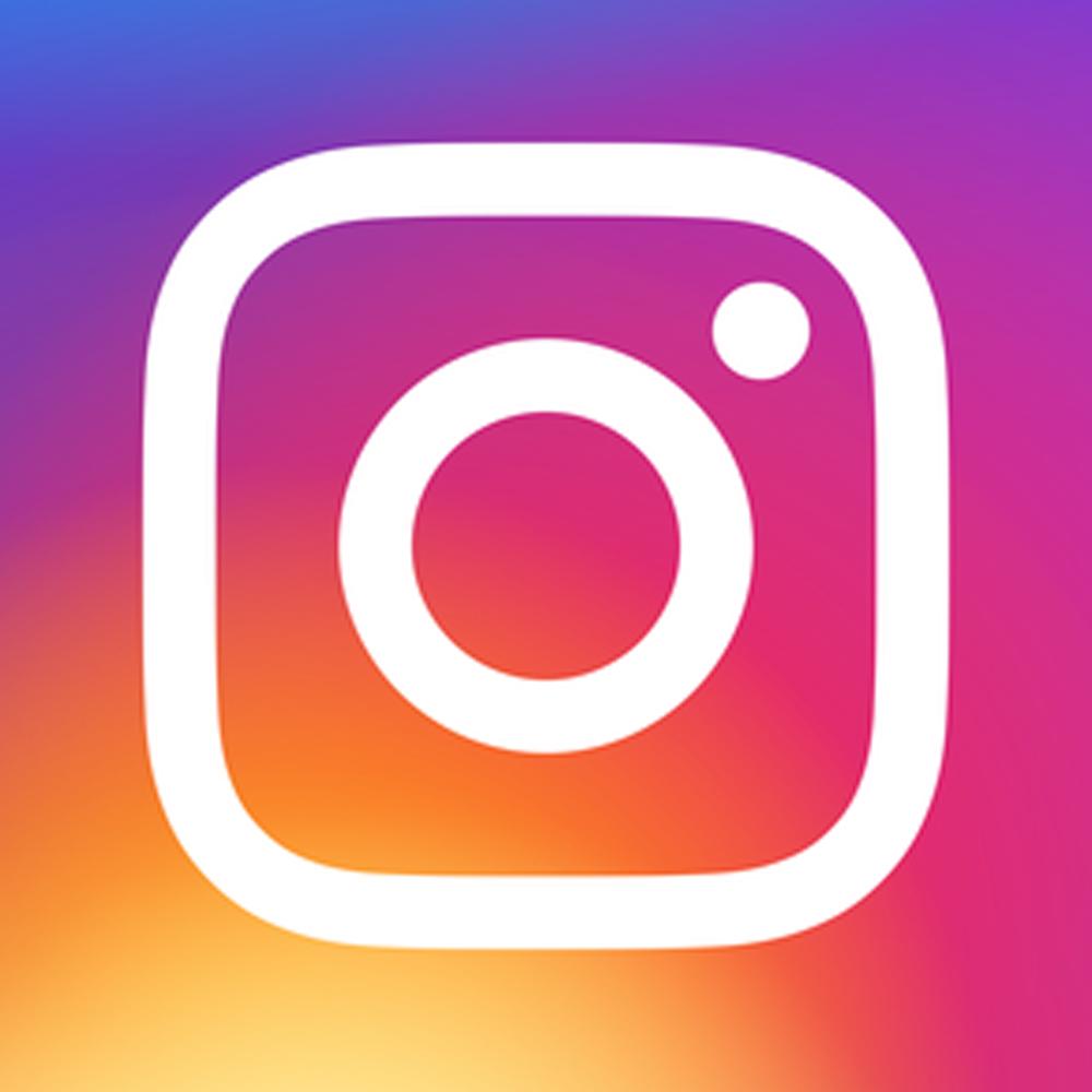 Instagram | 2010 - www.instagram.com • www.instagr.am