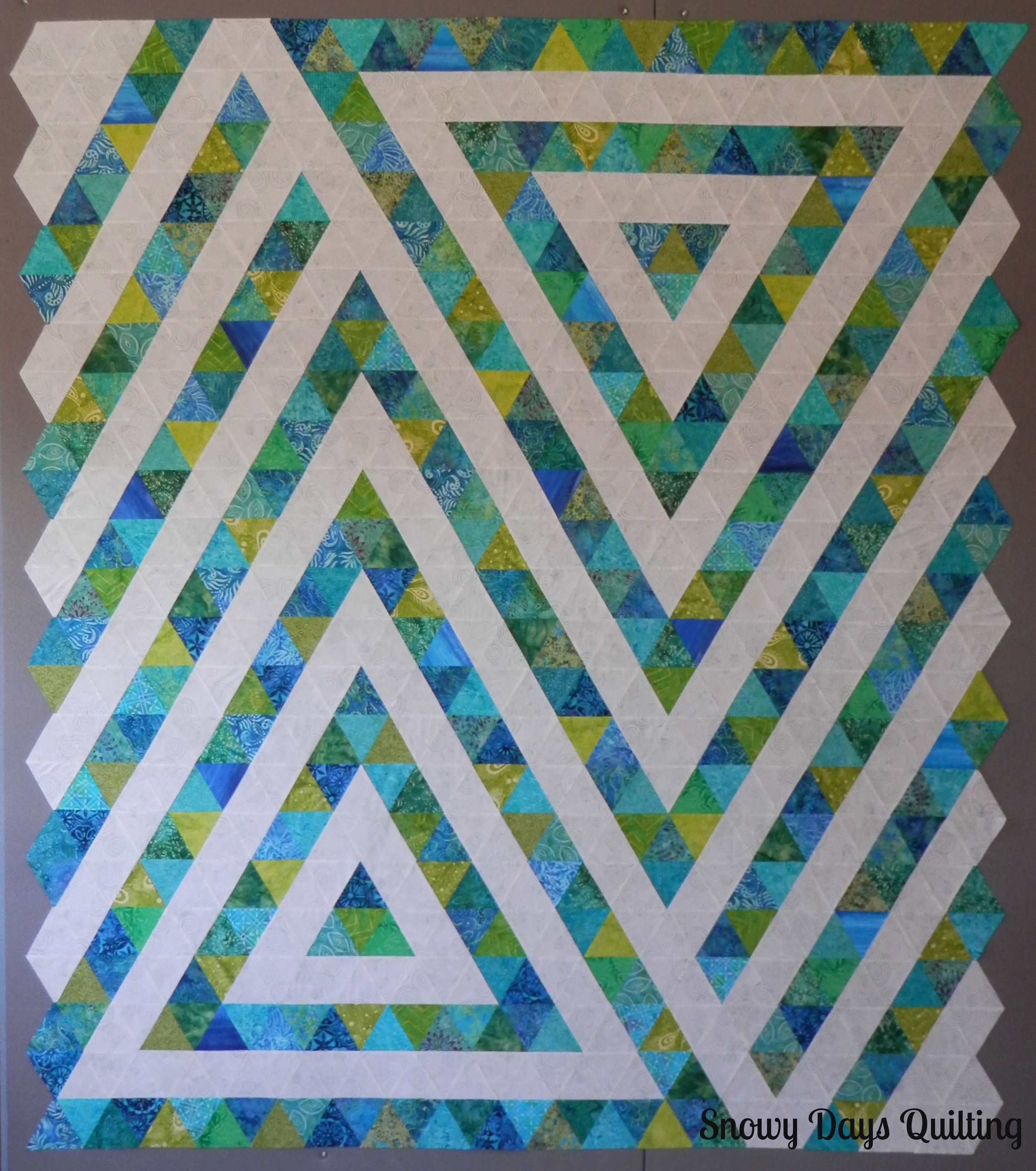 modern geometric triangle quilt