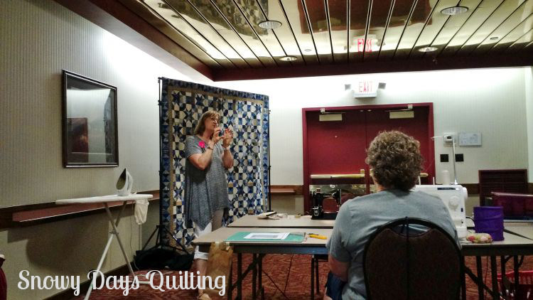 My Blue Heaven quilt class with Bonnie Hunter