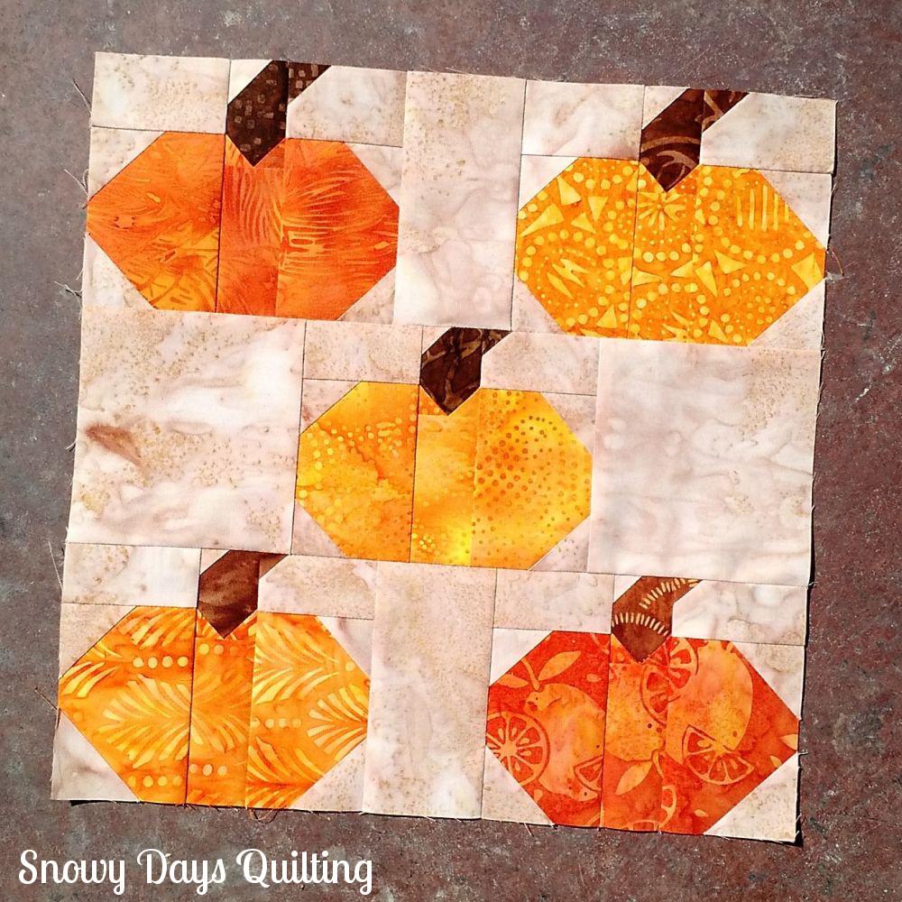 pumpkins aplenty quilt block