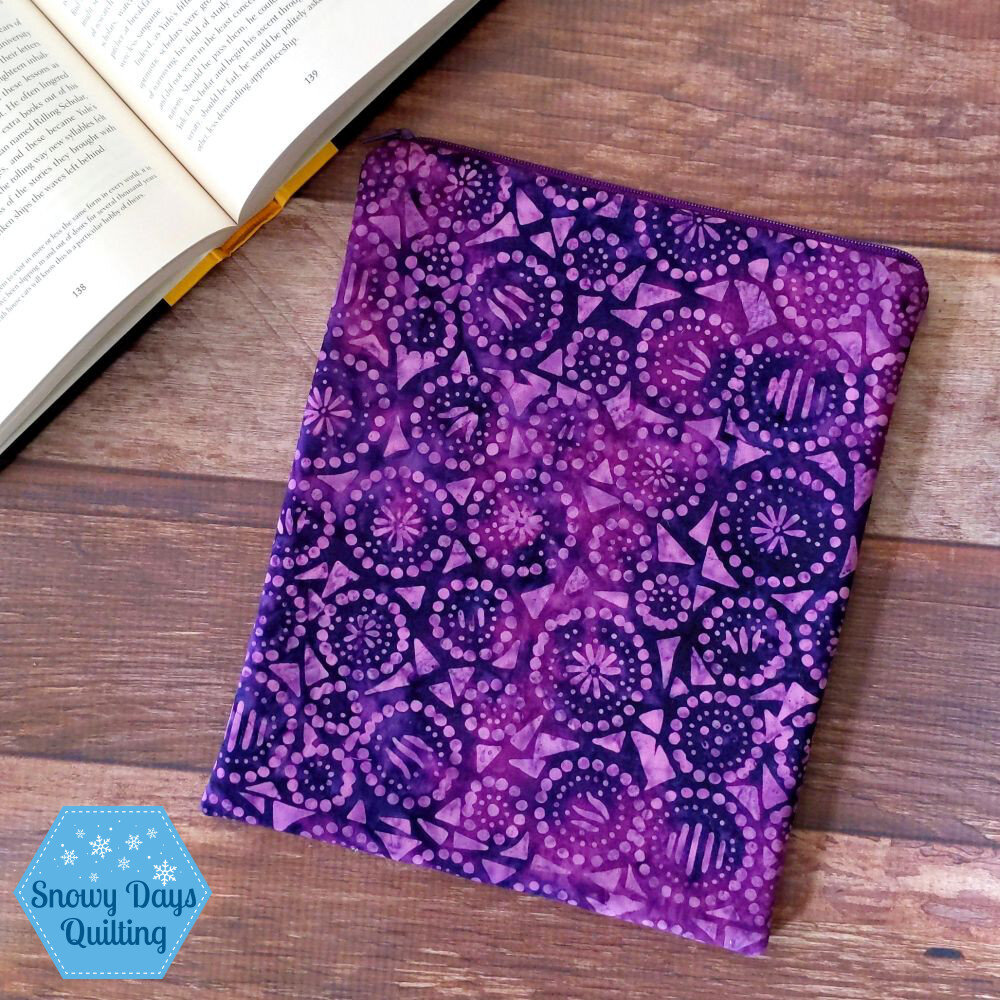make a book sleeve that zips