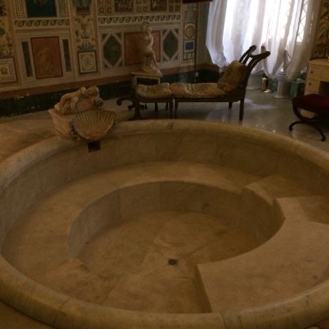 En parlant de bain, nous avons visité également la plus grande demeure de la ville éternelle, le  Palazzo Doria Pamphilj