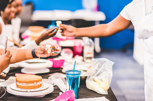 snack break...mmm cupcakes with toasted meringue