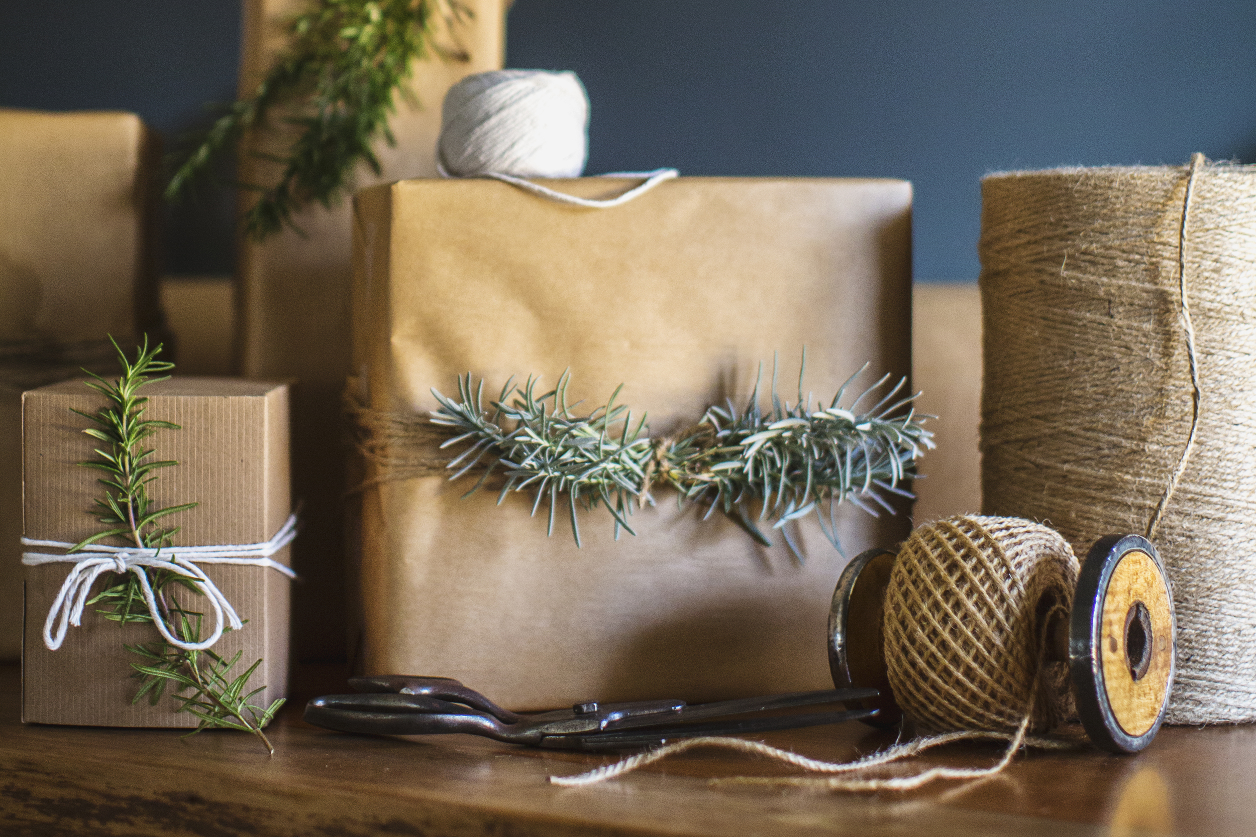 gift wrapping herbs