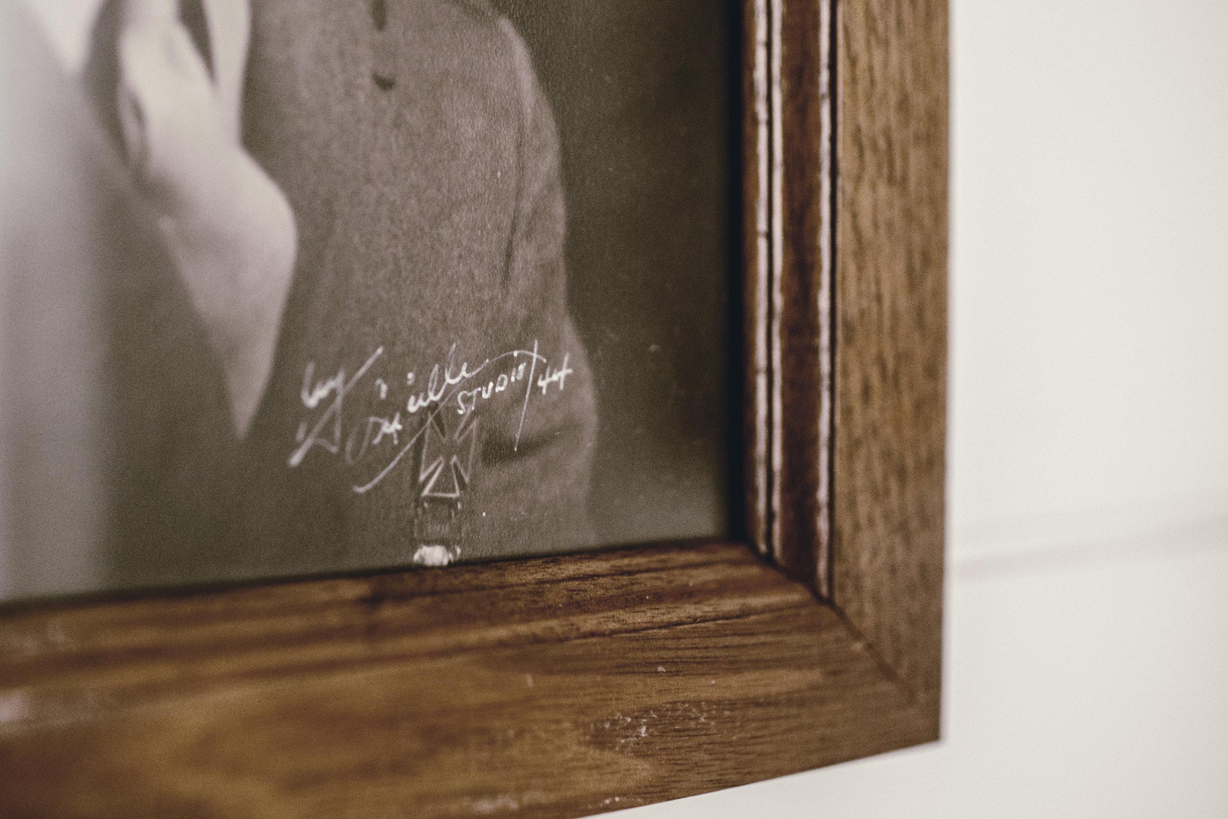 handpainted portrait signature