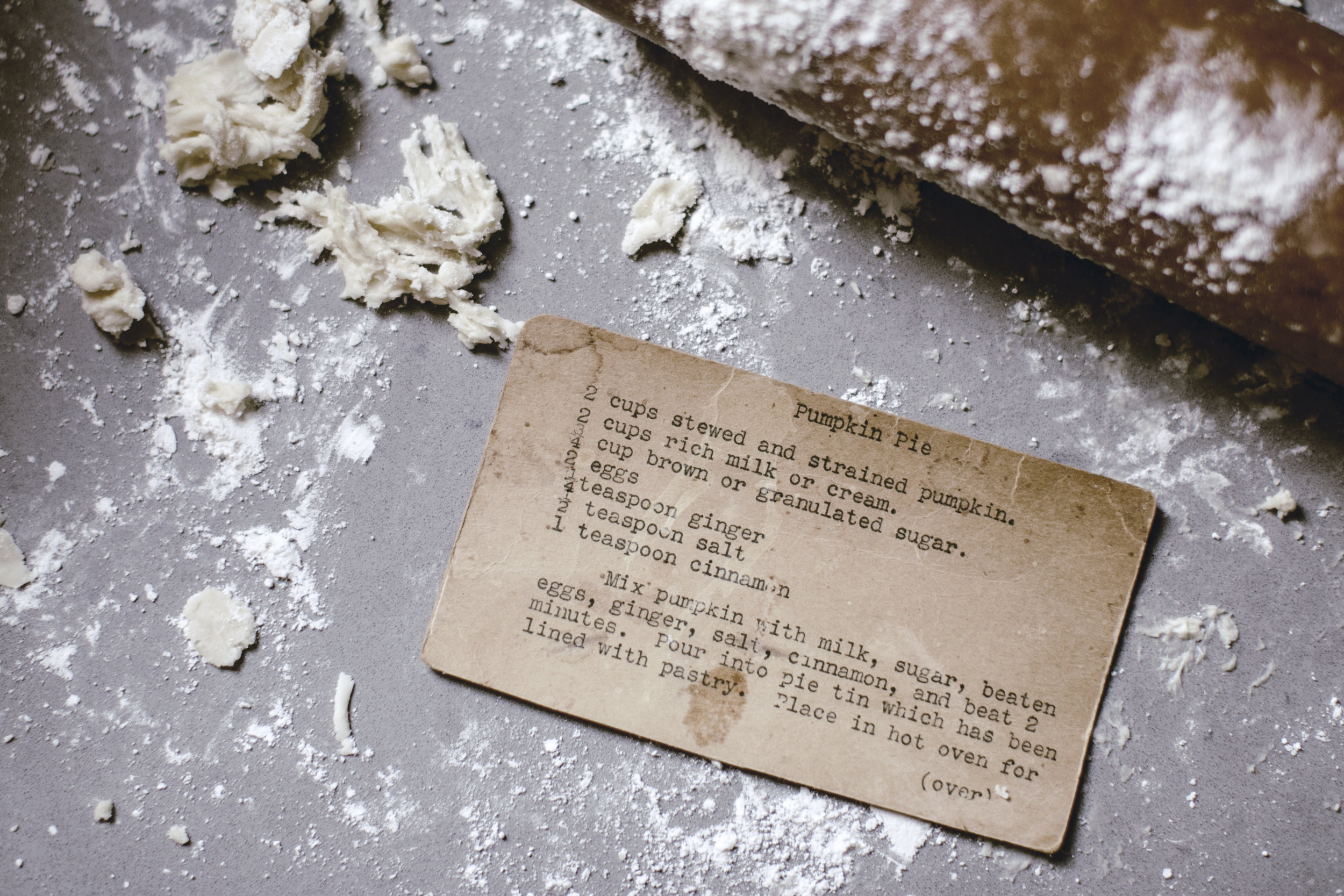 Thanksgiving Pumpkin Pie typewriter recipe card / heirloomed