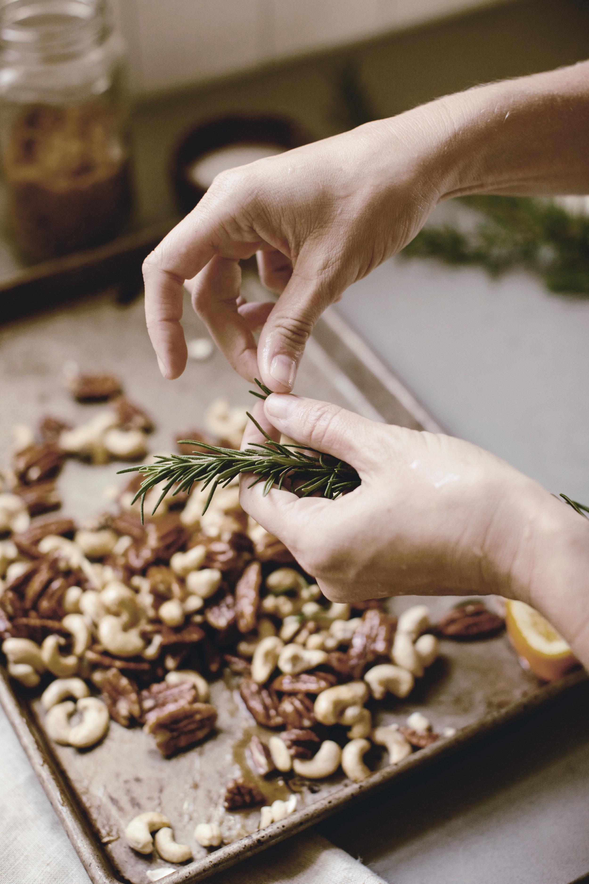 rosemary roasted nuts / heirloomed recipe