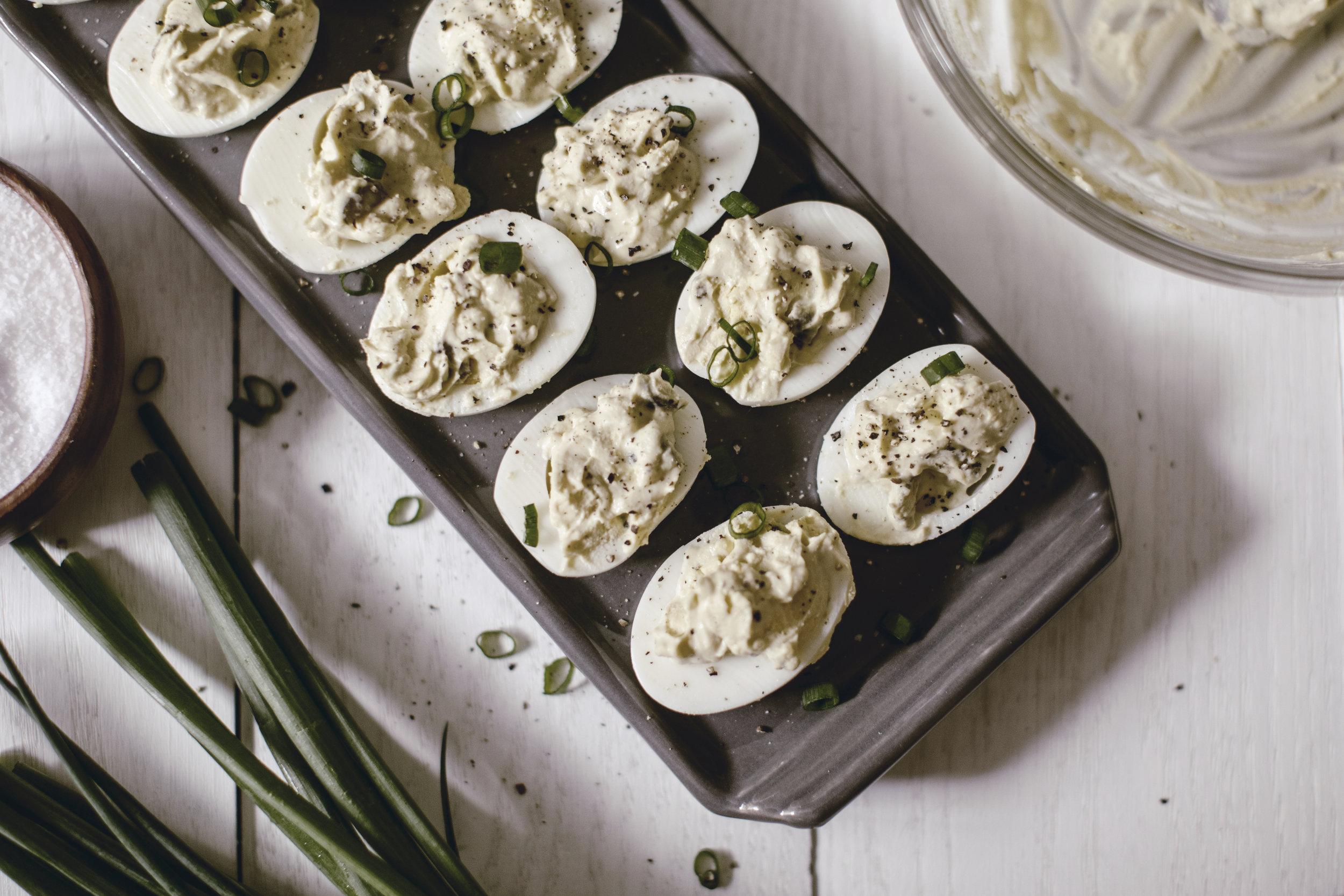 deviled eggs for your easter brunch / tips for setting your easter table / heirloomed