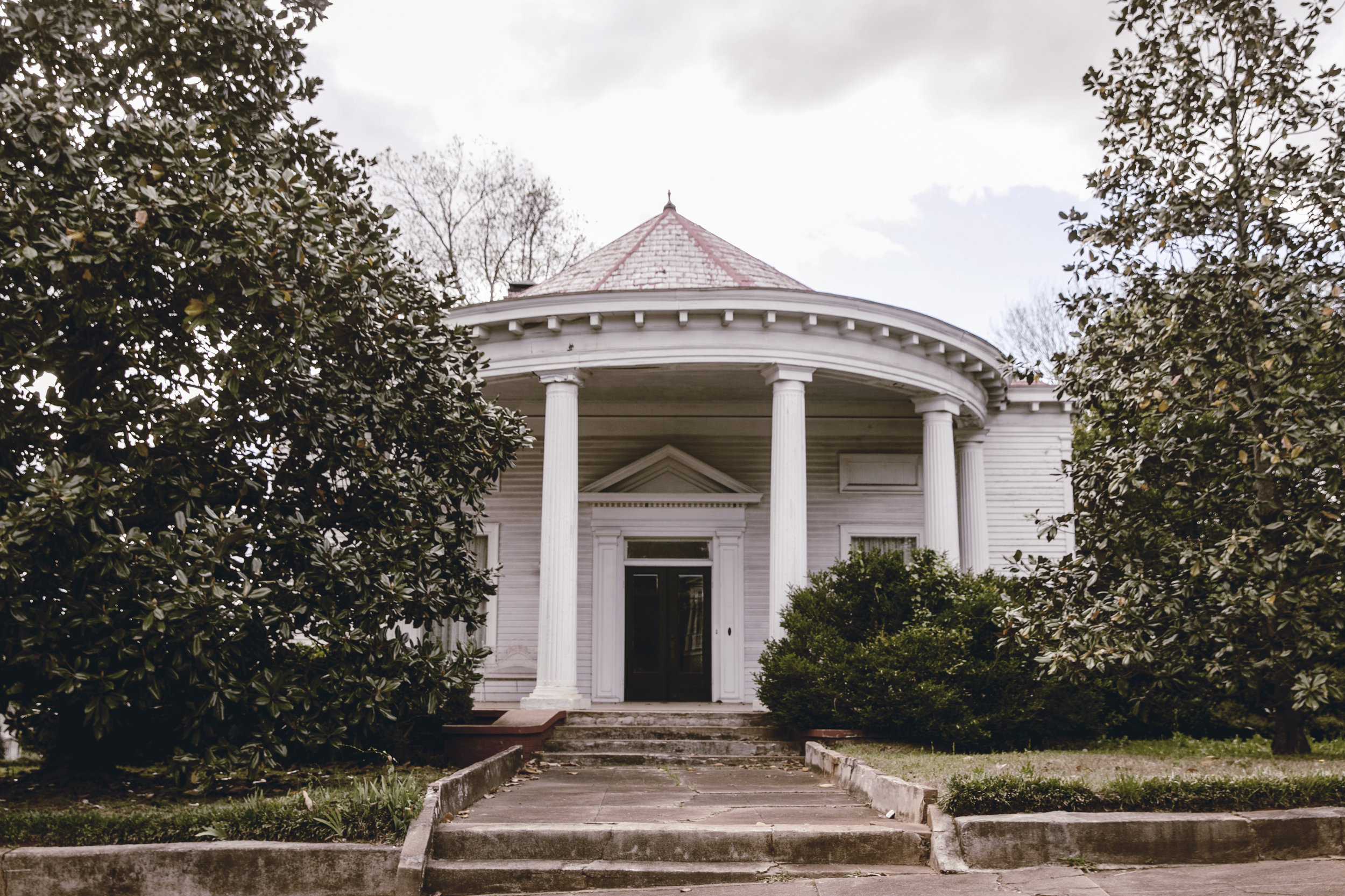 historic home on Monticello GA town square / heirloomed