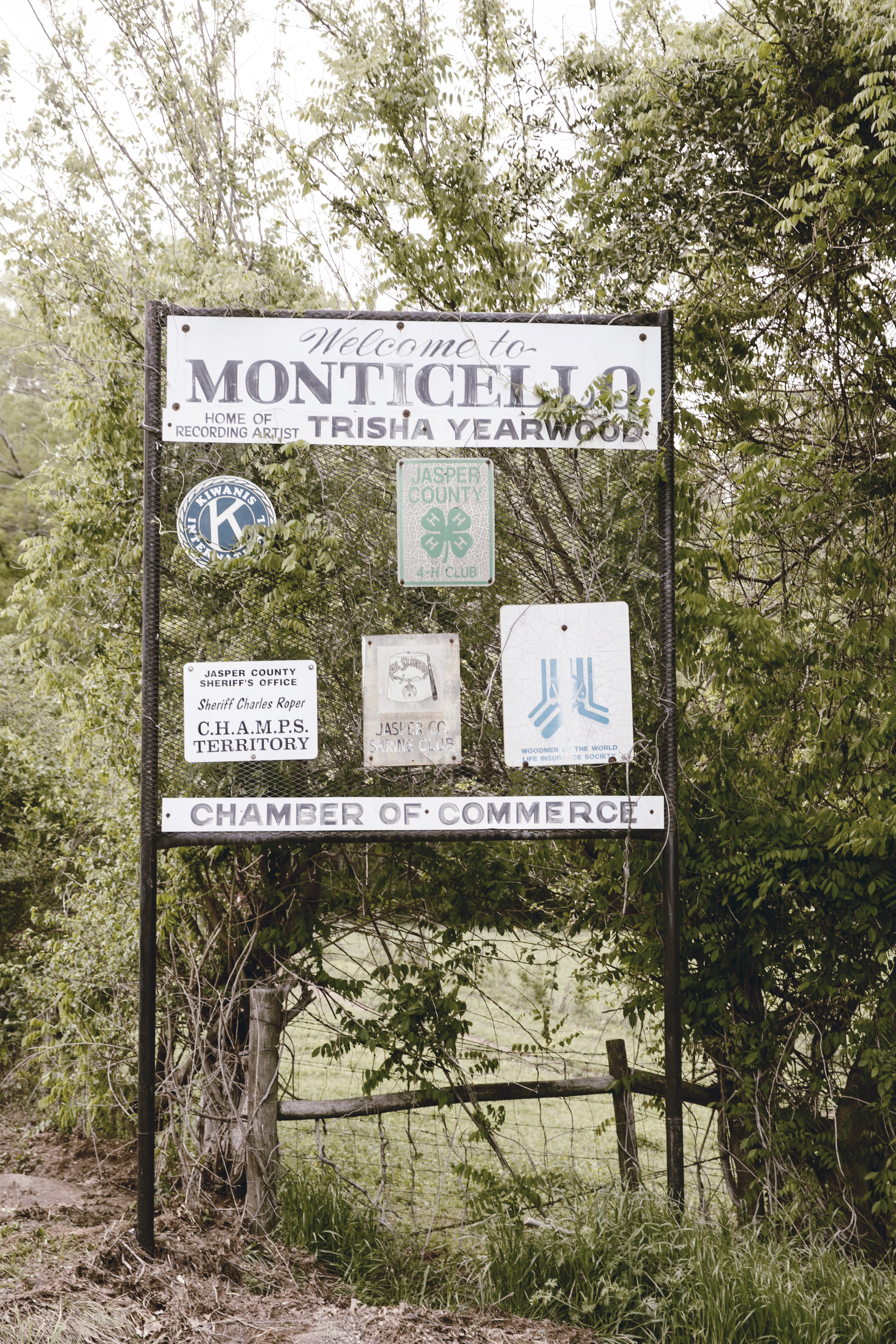 Monticello Georgia city limits welcome sign / home of Trisha Yearwood / heirloomed