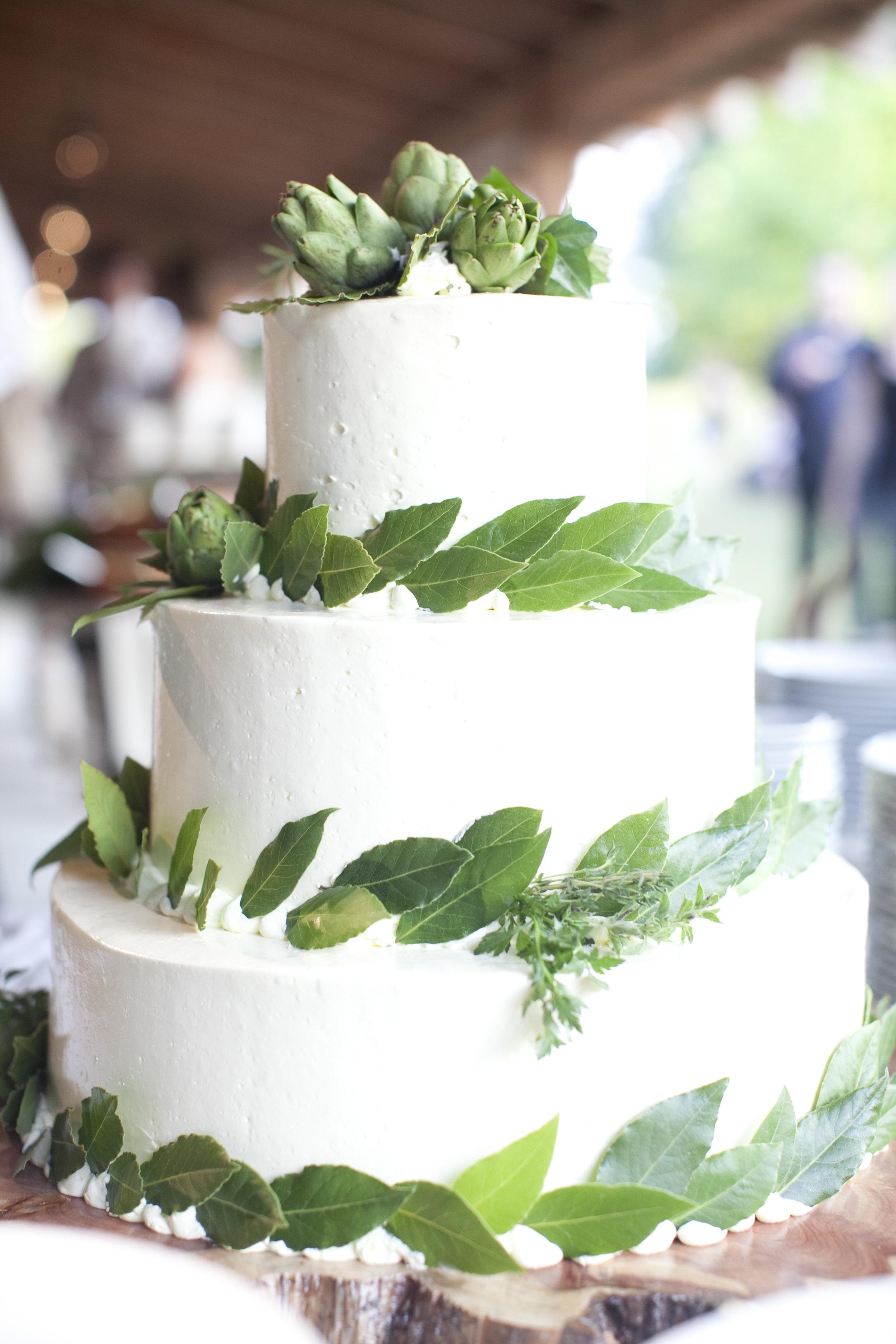 vegetable + herb wedding cake / heirloomed