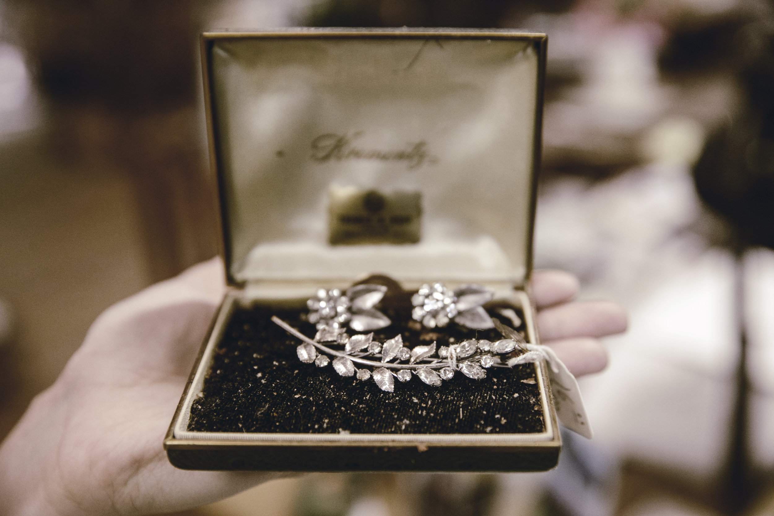 vintage jewelry with box / heirloomed