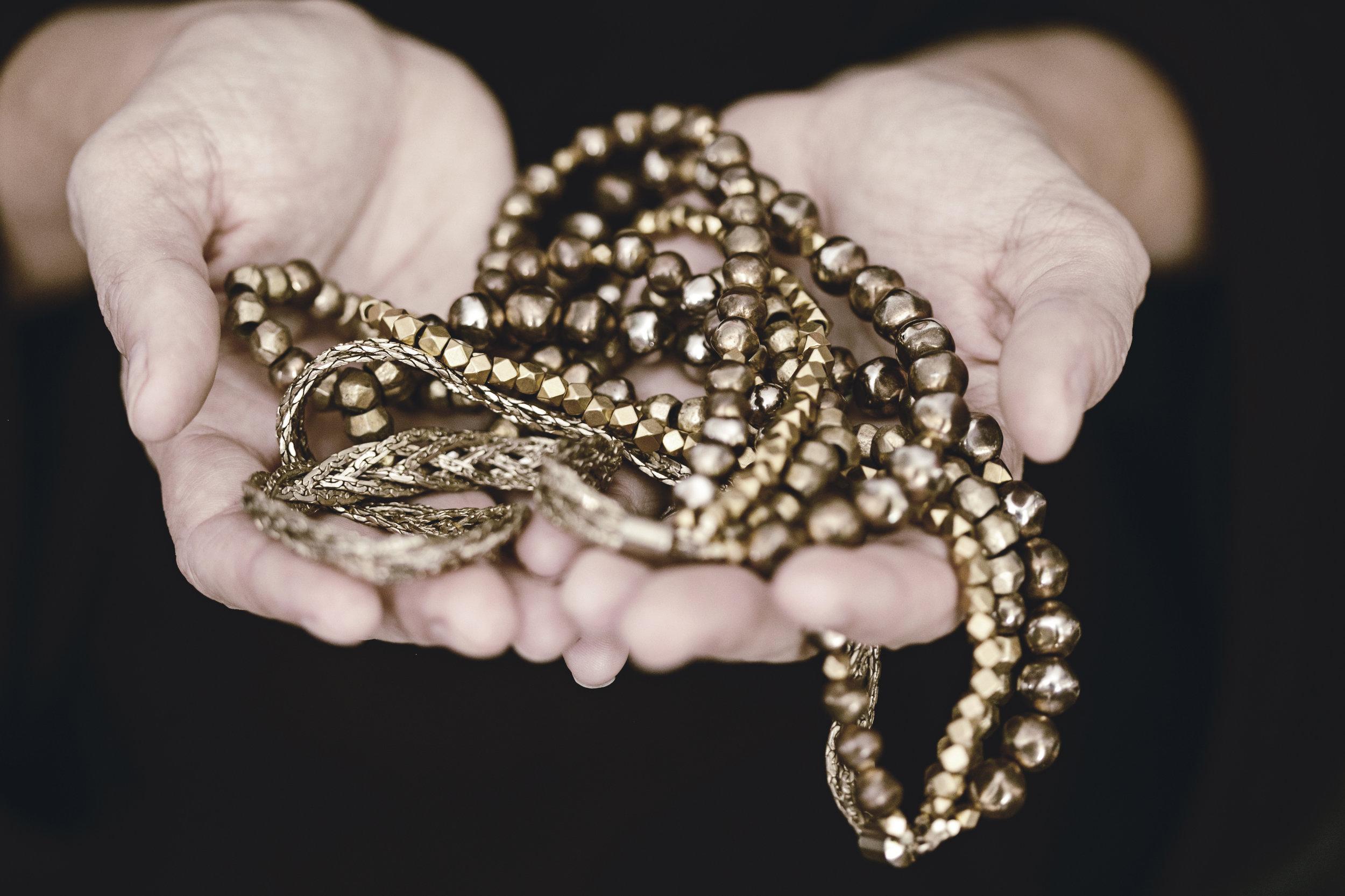 elva fields necklace jewelry / heirloomed