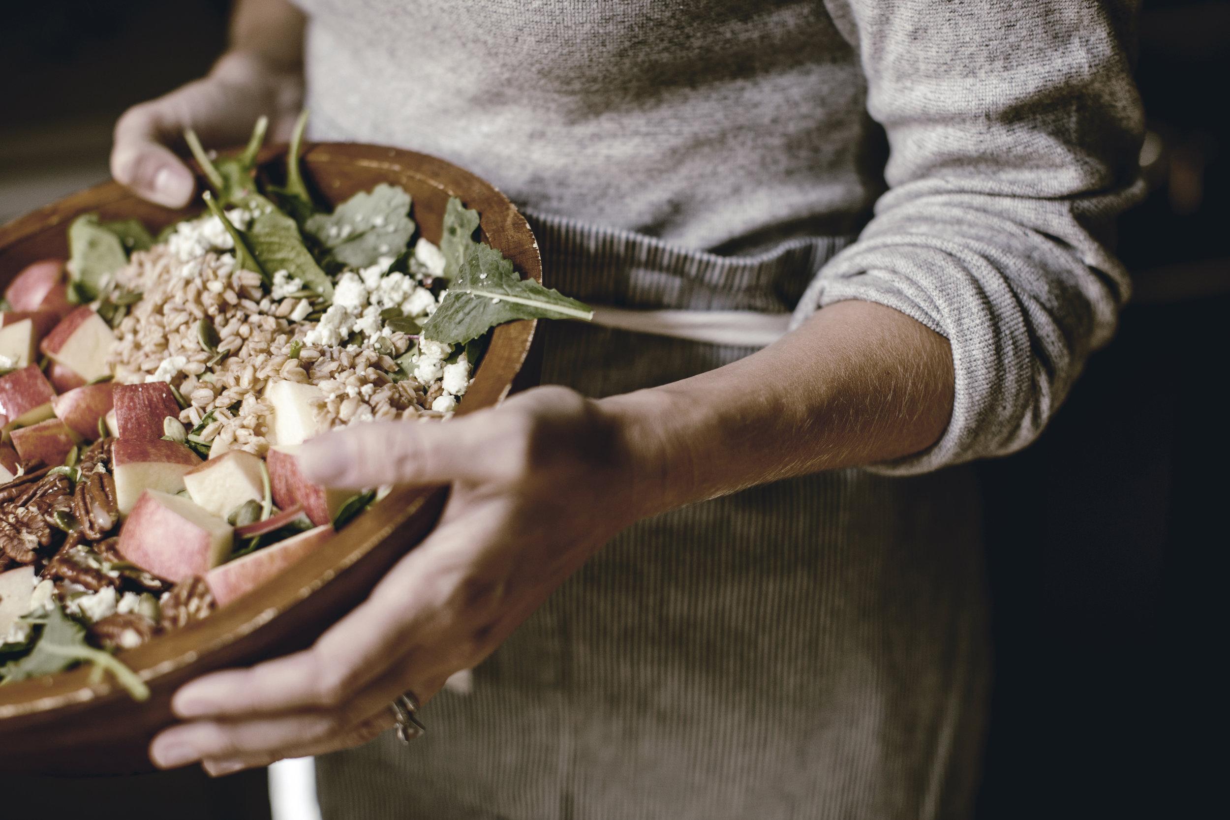 harvest apple salad / fall salads / heirloomed