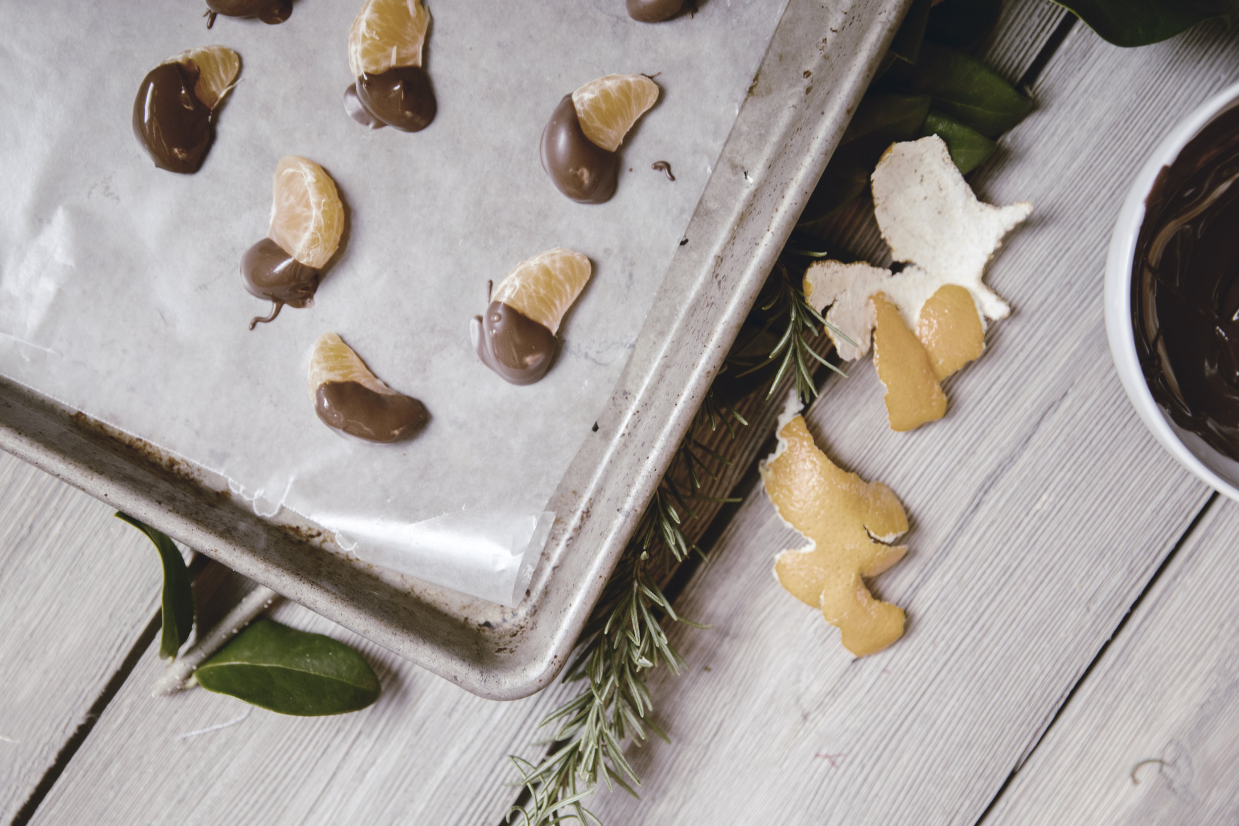 joy-filled chocolate dipped oranges / heirloomed