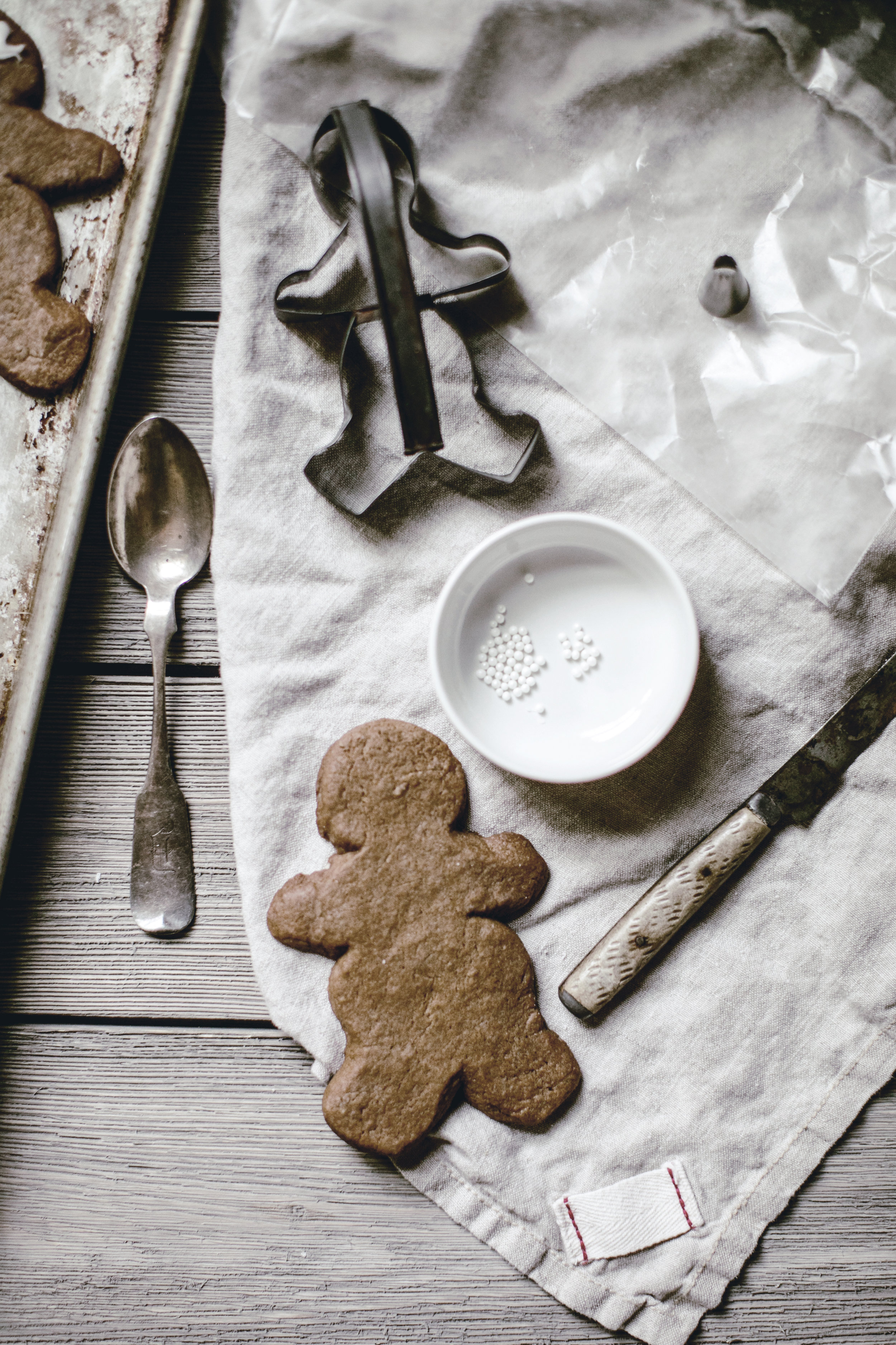 gingerbread men / heirloomed