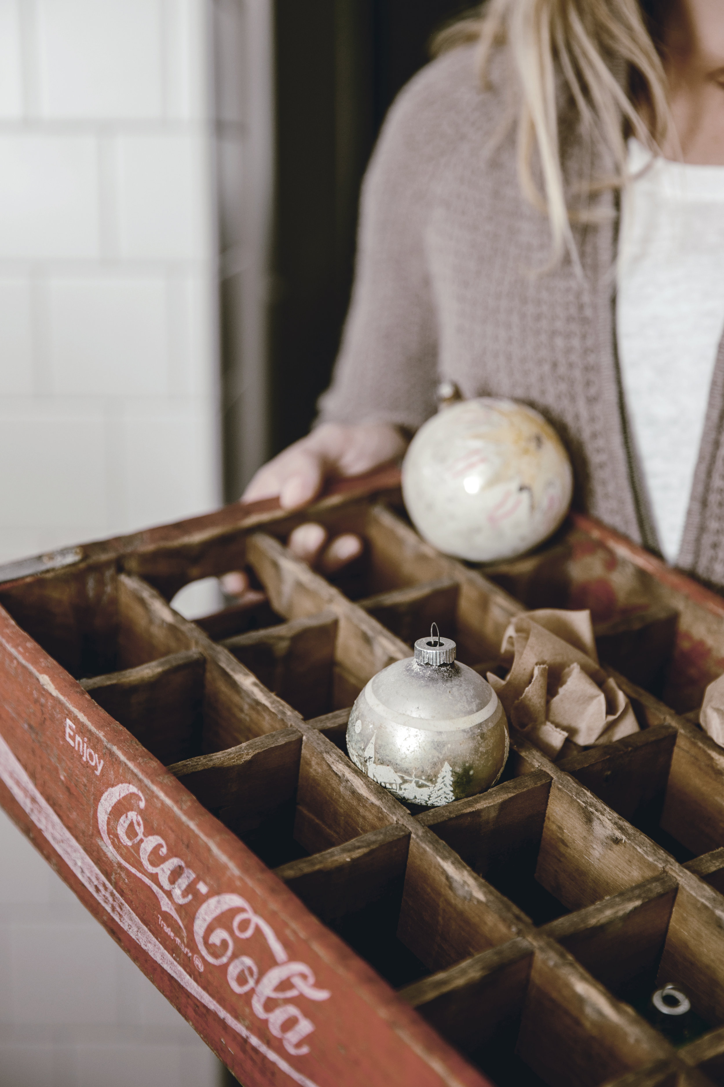 storing holiday ornaments / heirloomed